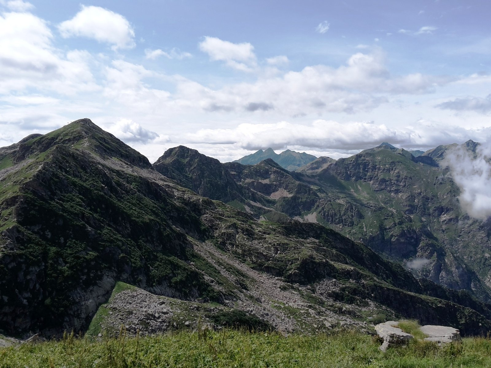 panorama dal Tovo, dal Camino al Cresto