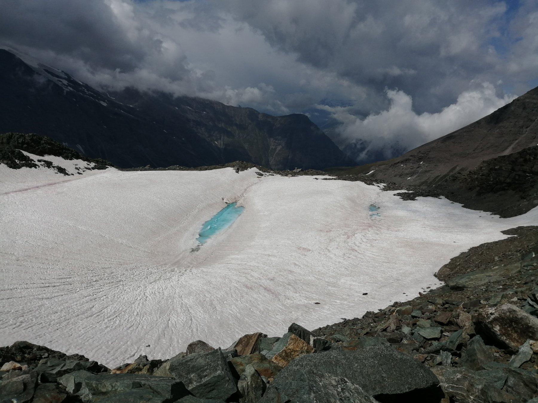 Laghetto glaciale sotto il Collerin