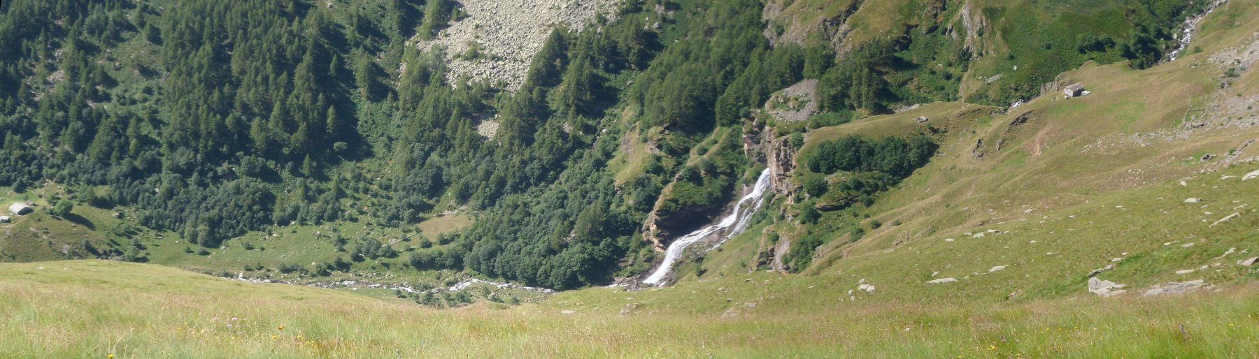 Borgo Vecchio e Alpe Roc dal sentero 550