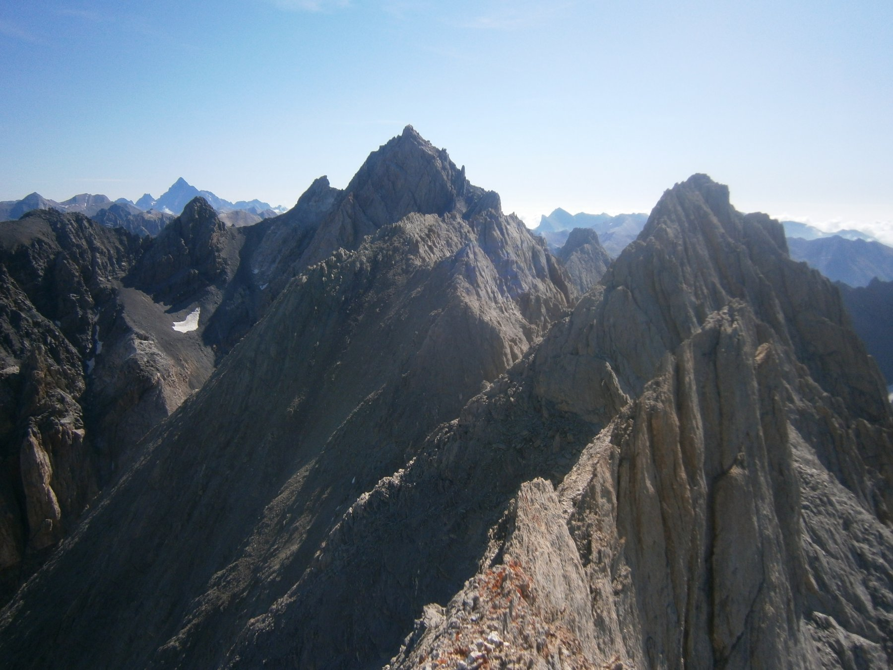 Cresta verso l'Aiguille dalla cima