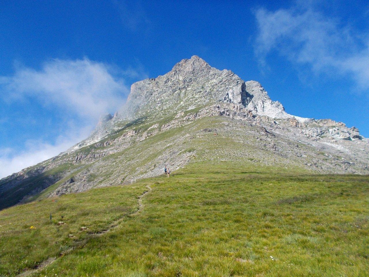 Pelvo d'Elva dal Colle della Bicocca, anello per il Monte Camoscere 2019-08-04