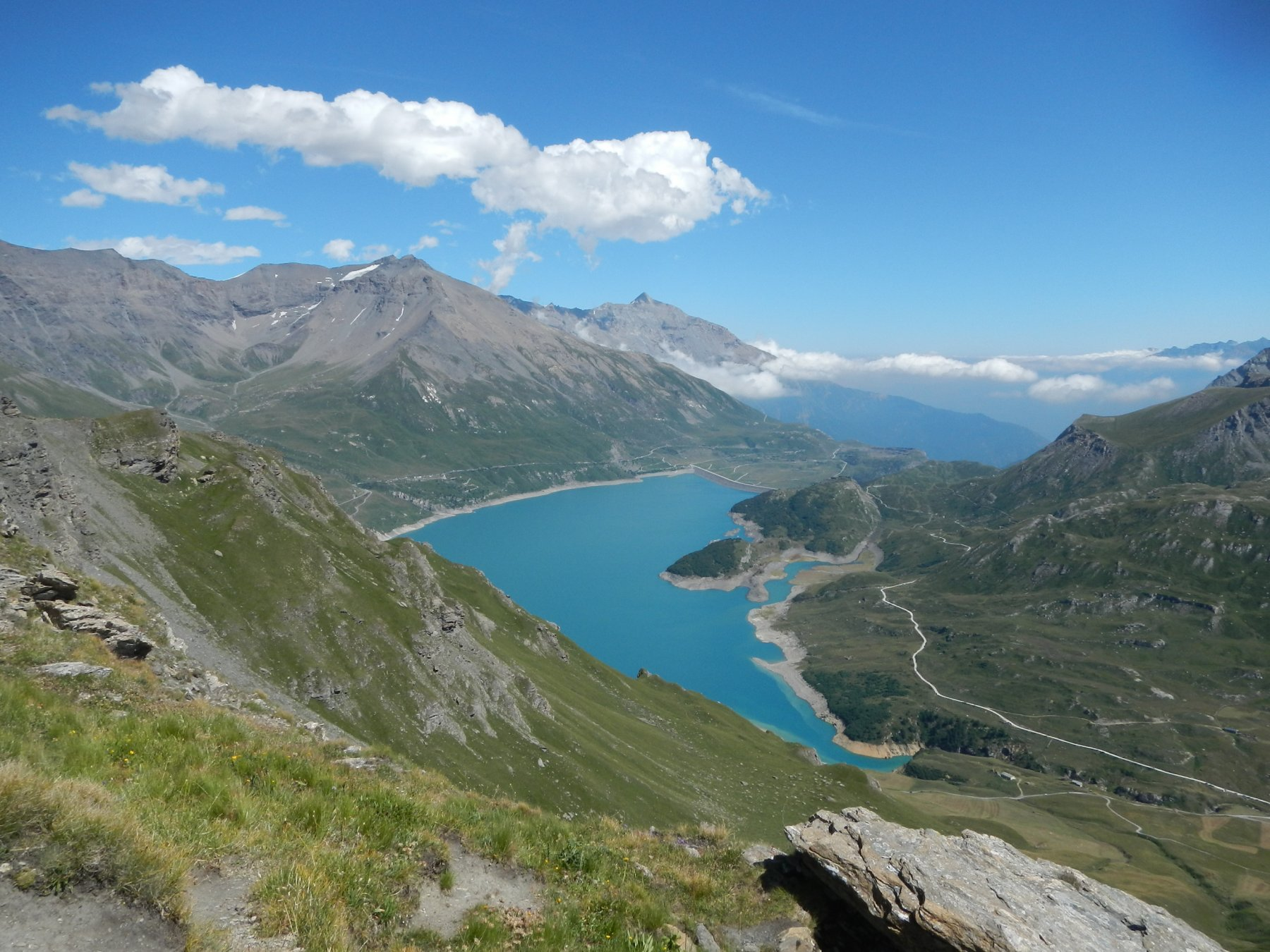 Lago del Moncenisio visto dal Passo della Beccia