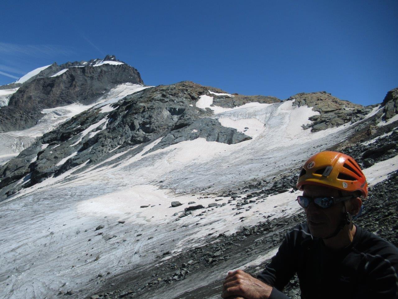 uno sguardo indietro con vista sul percorso che abbiamo seguito sul ghiacciaio