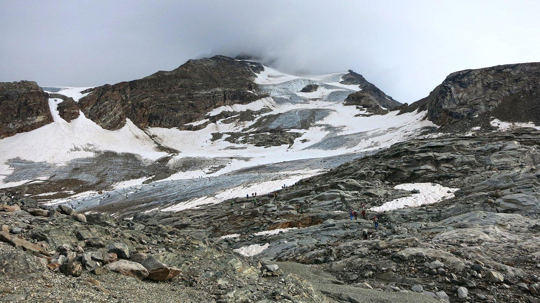 Il ghiacciaio è in uno stato deprimente, mai visto così