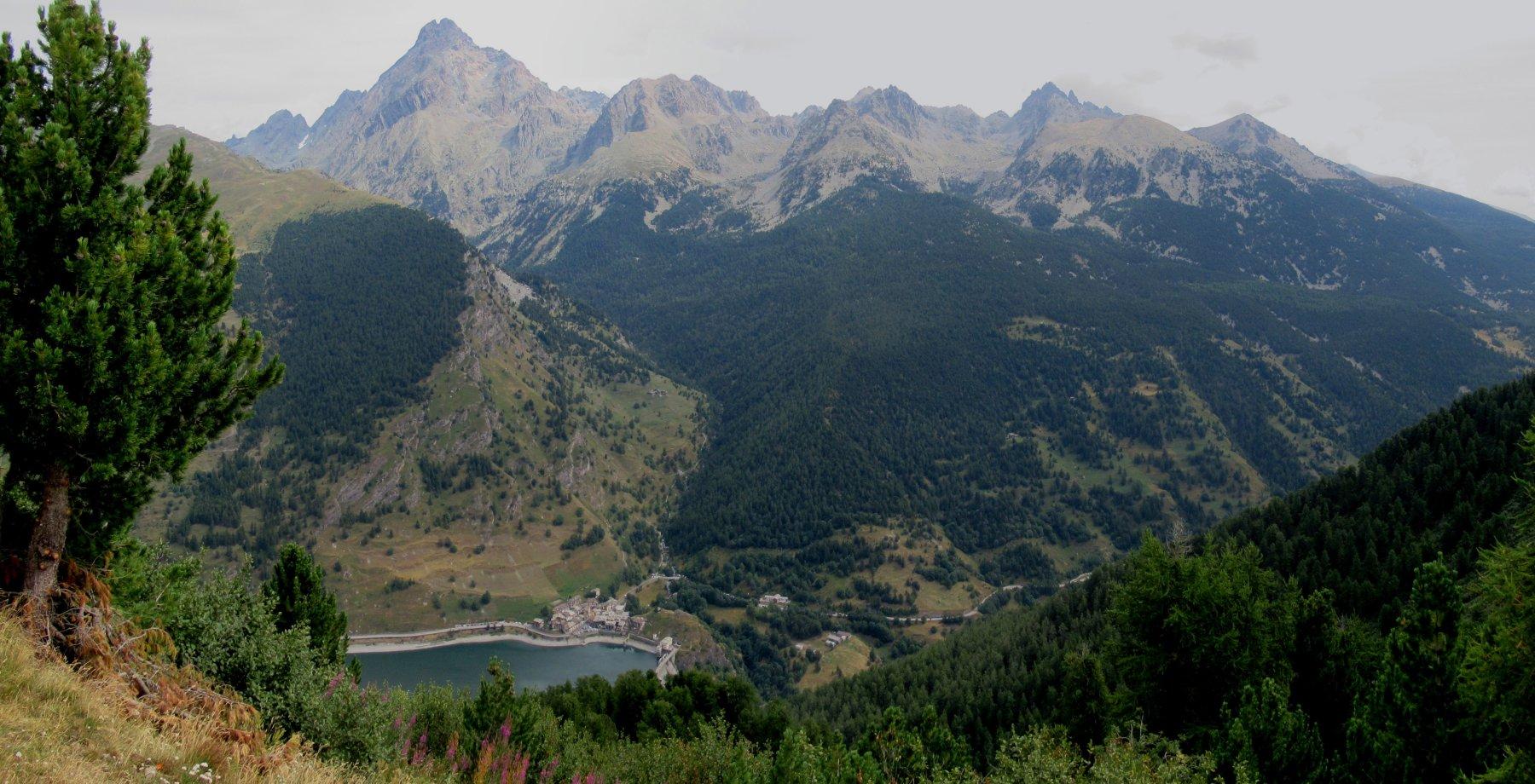 Lago di Castello a Pontechianale