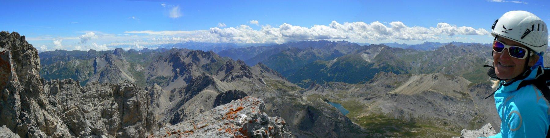 Panorama verso SO dalla vetta