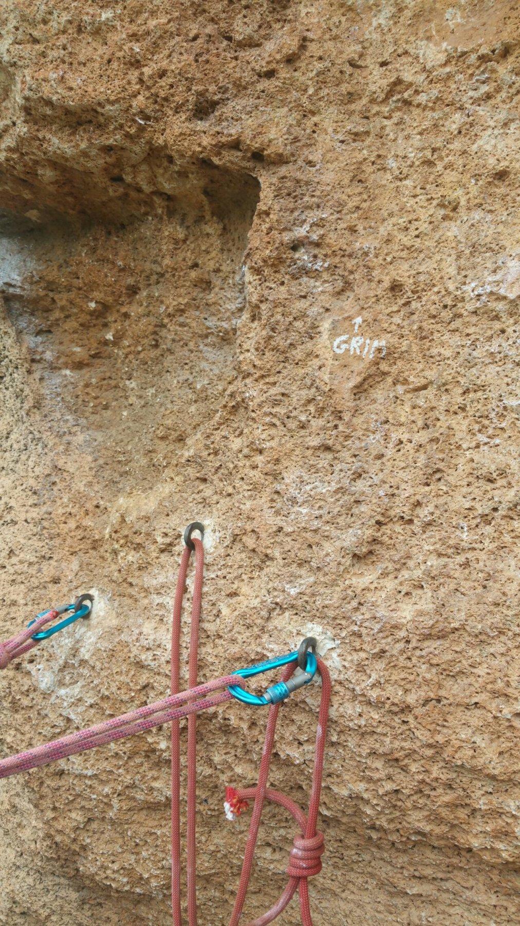 Sosta sulla cengia prima di L5 nell'erosione