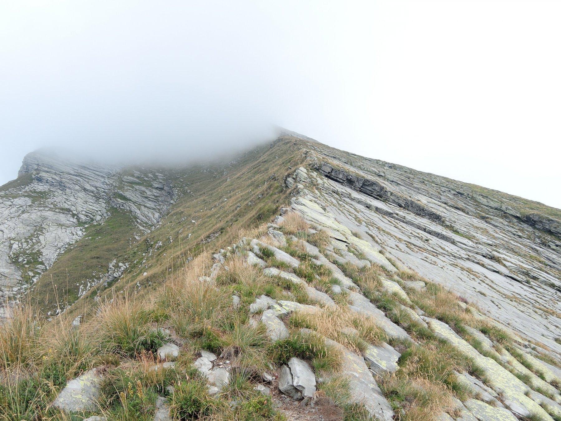 La cima anche stavolta nella nebbia