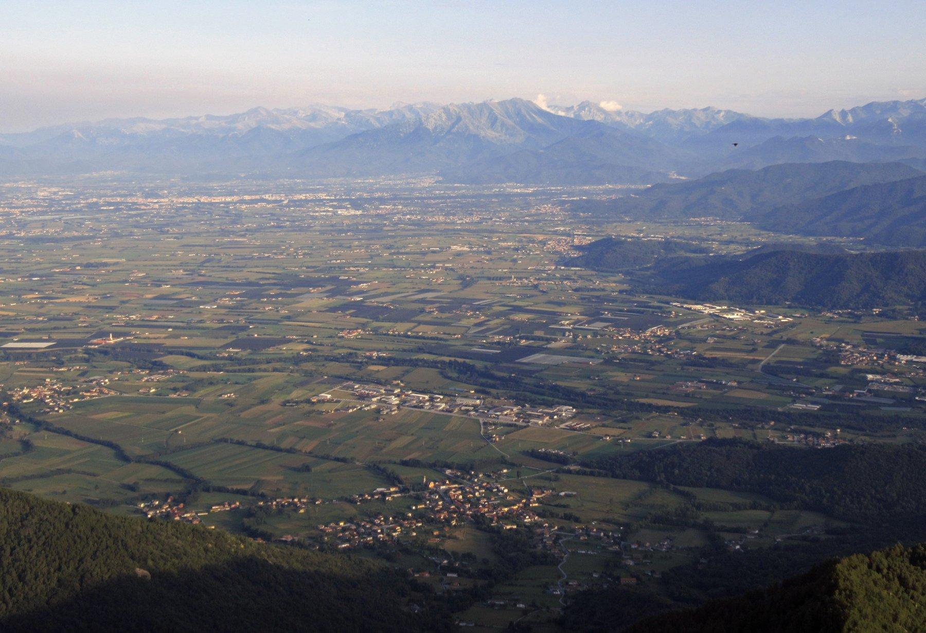 Pianura cuneese dalla cima del S.Bernardo