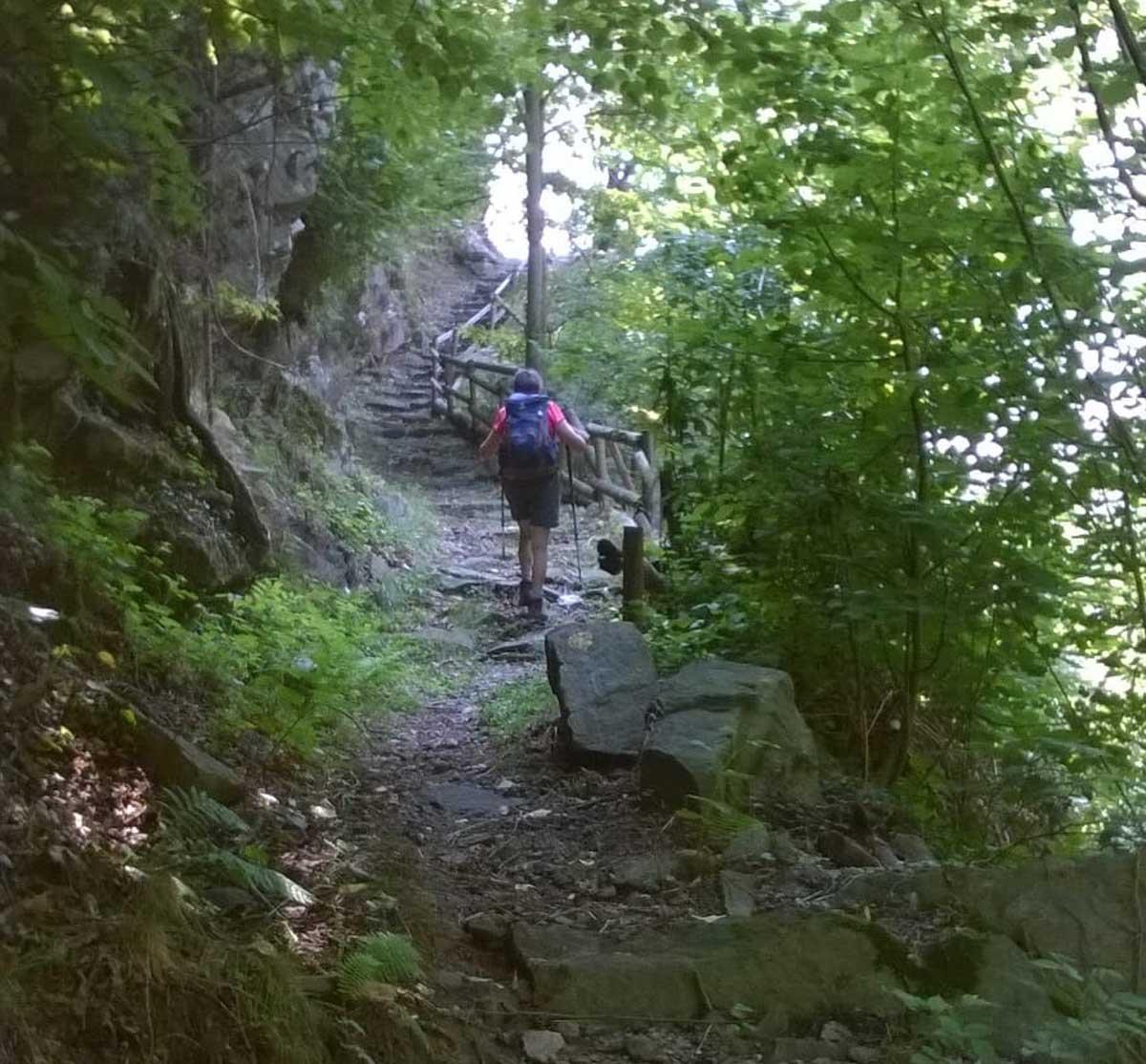Salendo dal ponte di Belvedere a S.Liberata