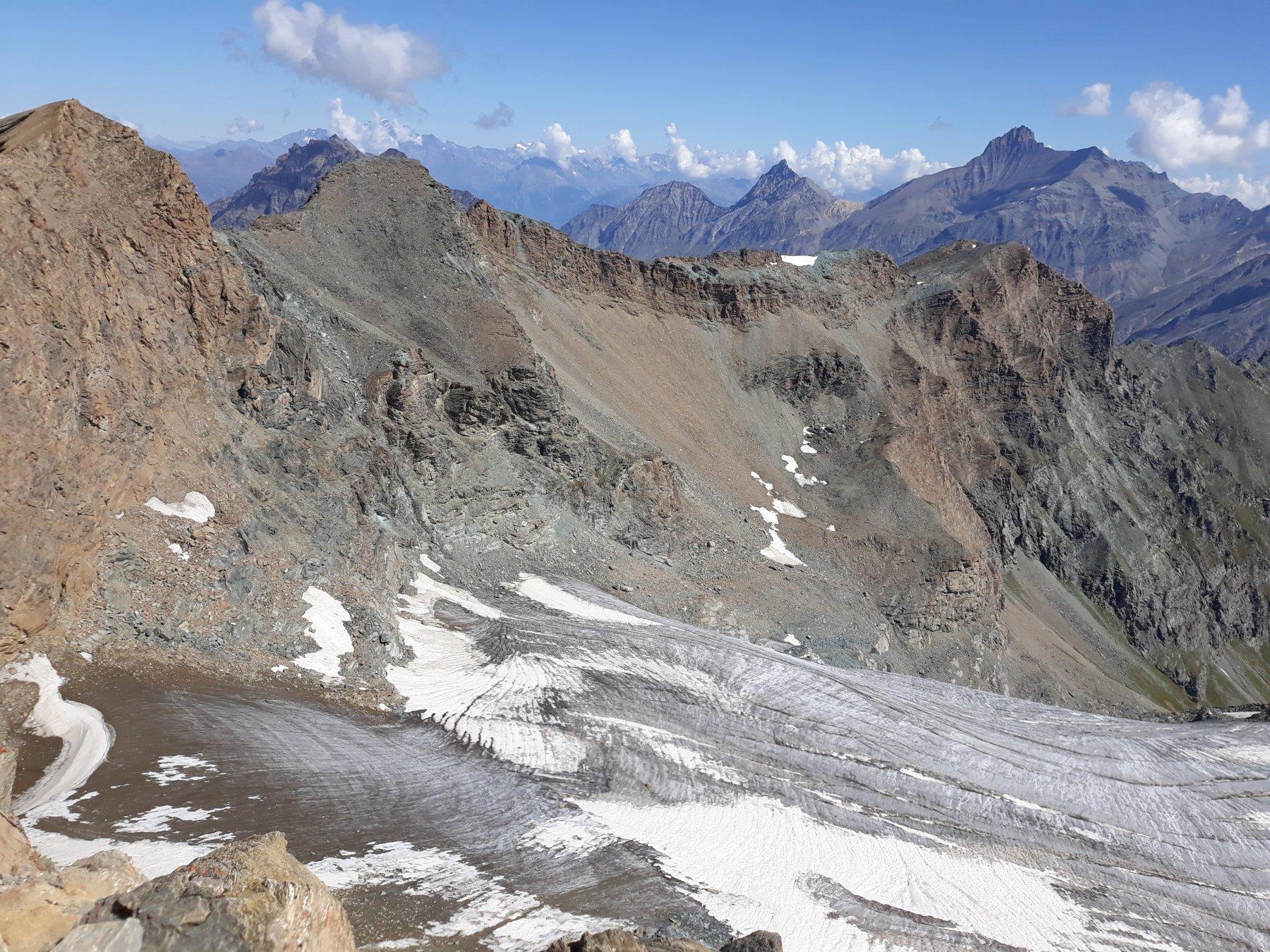 Cima di Entrelor e Aòuillè con quello che resta del ghiacciaio