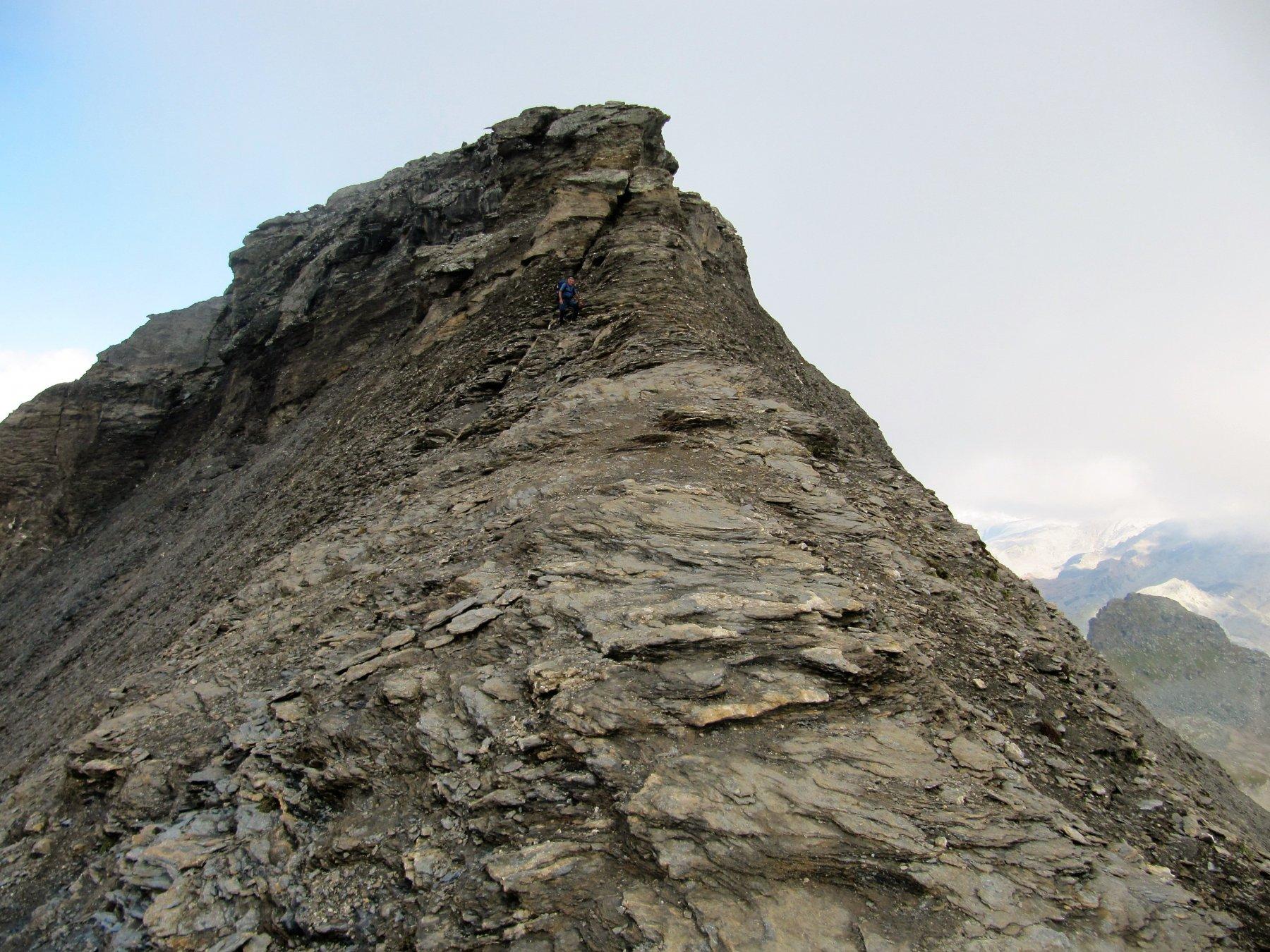 Dove la cresta si fa ripida e poi esposta