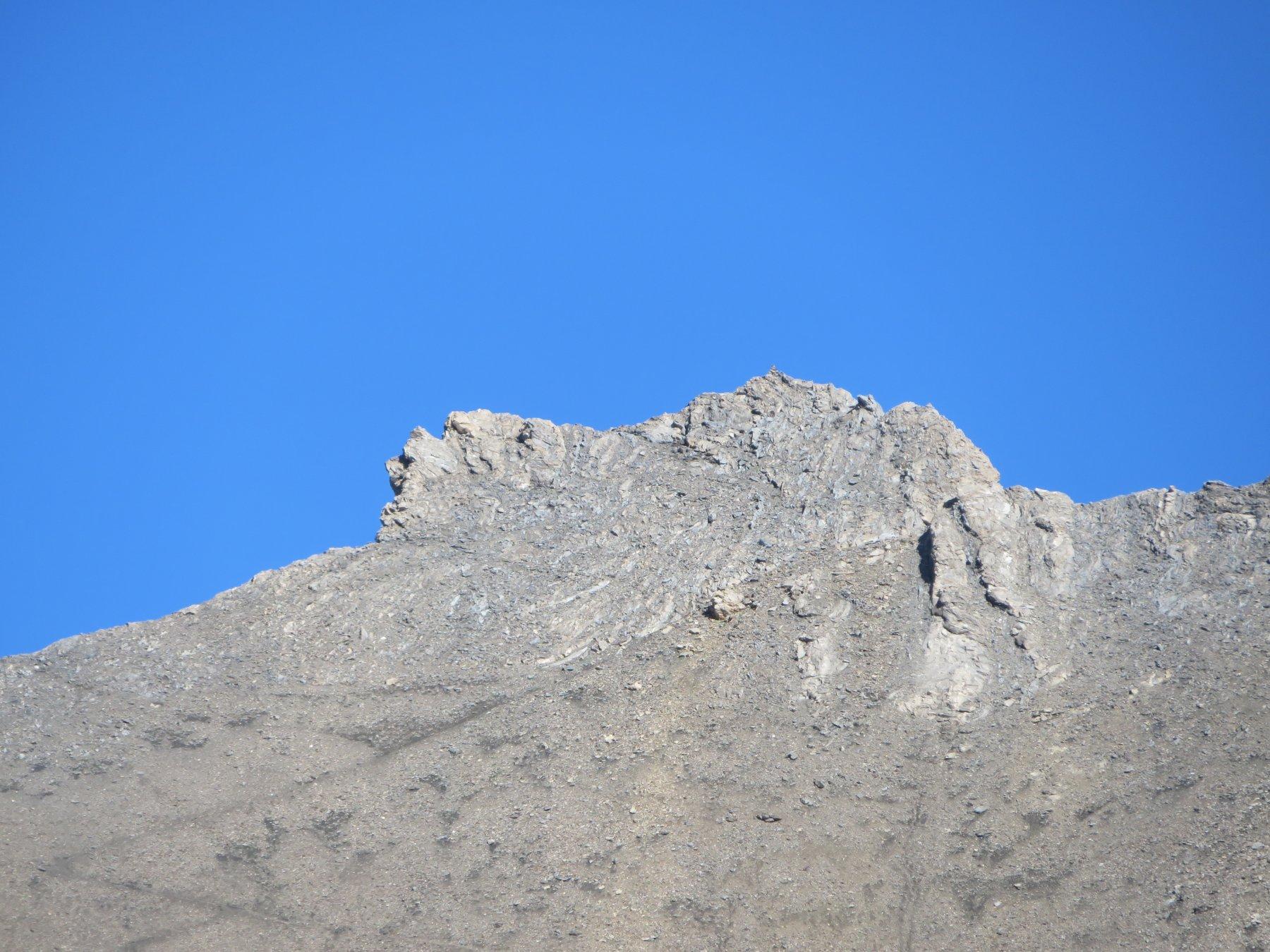 la puntina a 3071 metri, con la traccia di salita