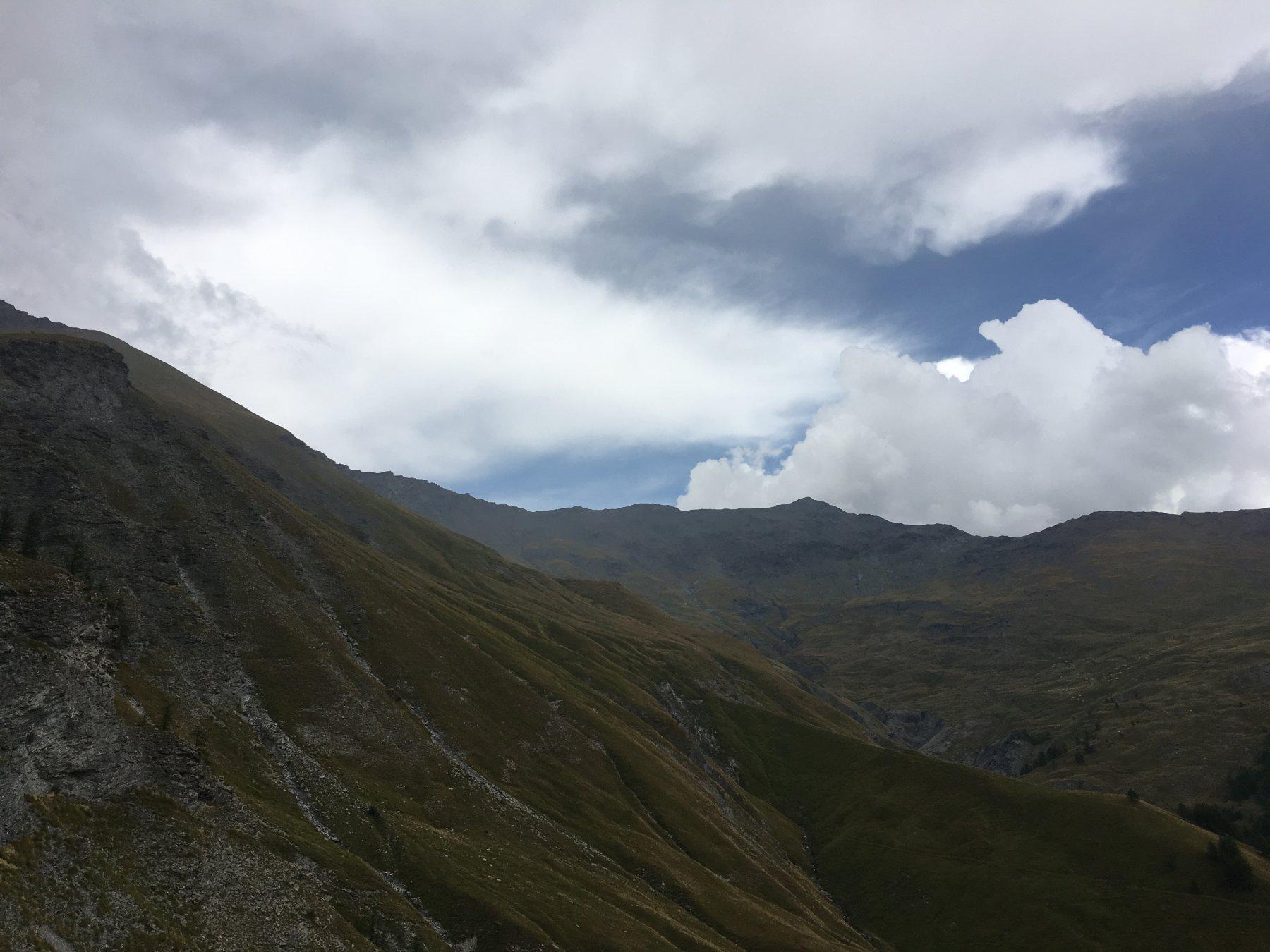 la cime du vallon in lontananza