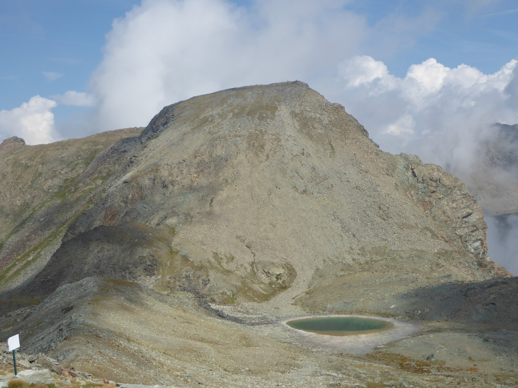 monte Ivertaz col pendio di salita e lac des Heures