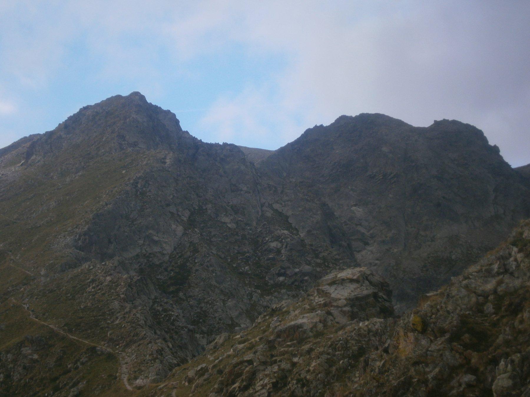 dal pas des Ladres la cima è l'ultima a dx
