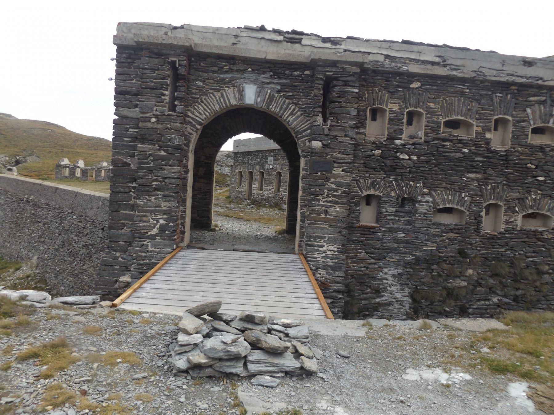 Ingresso al Forte de la Turra