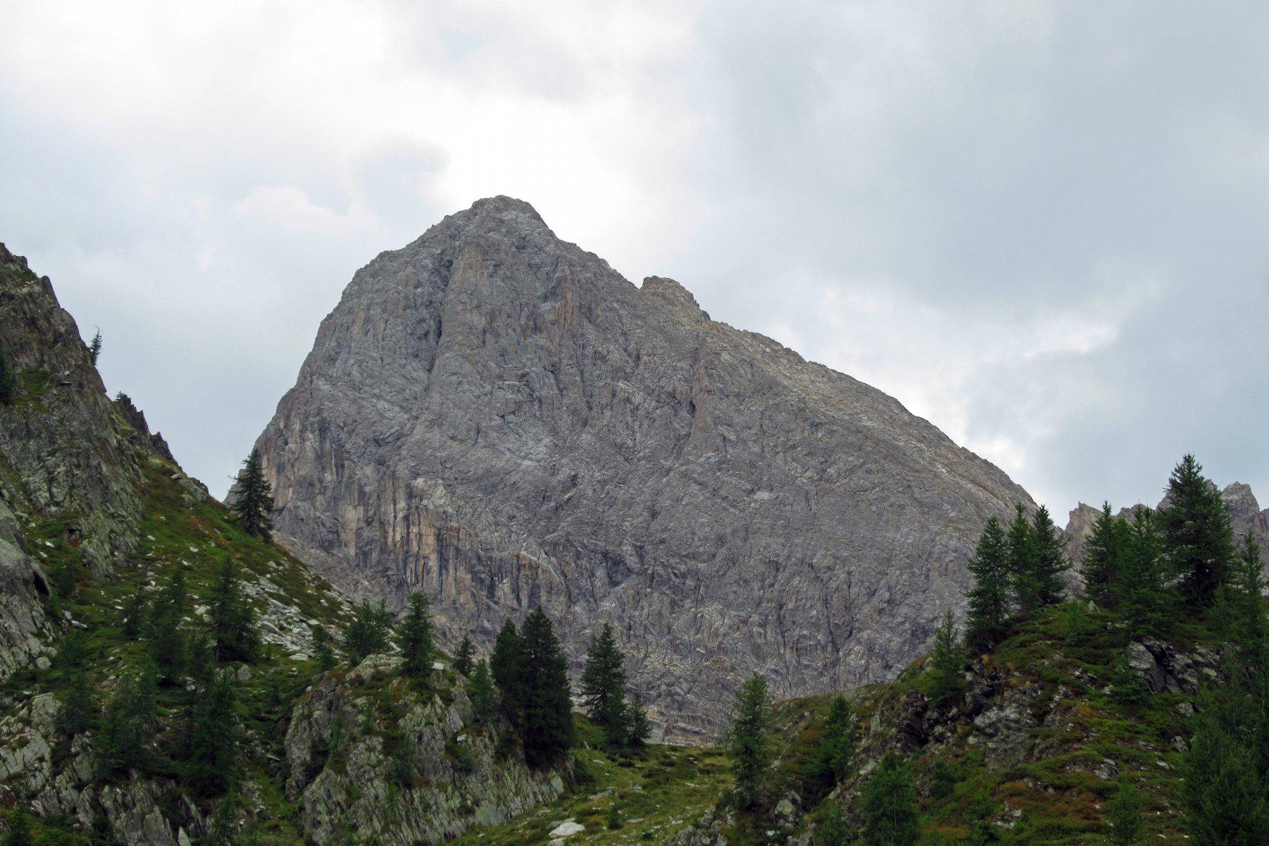 Il dolomitico versante Nord della Meja