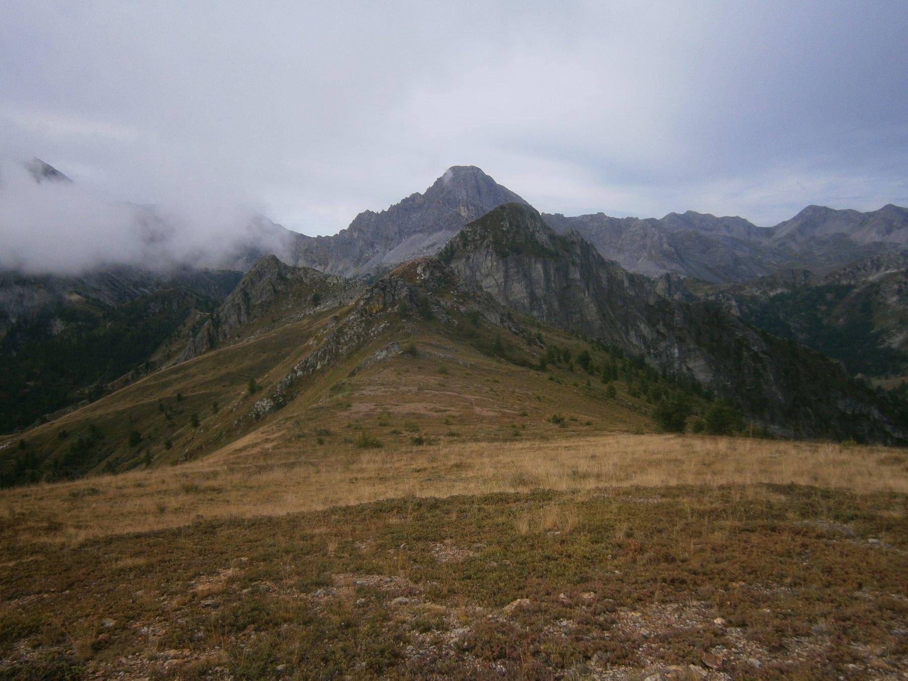 rocca dell'Aquila con dietro la Meja