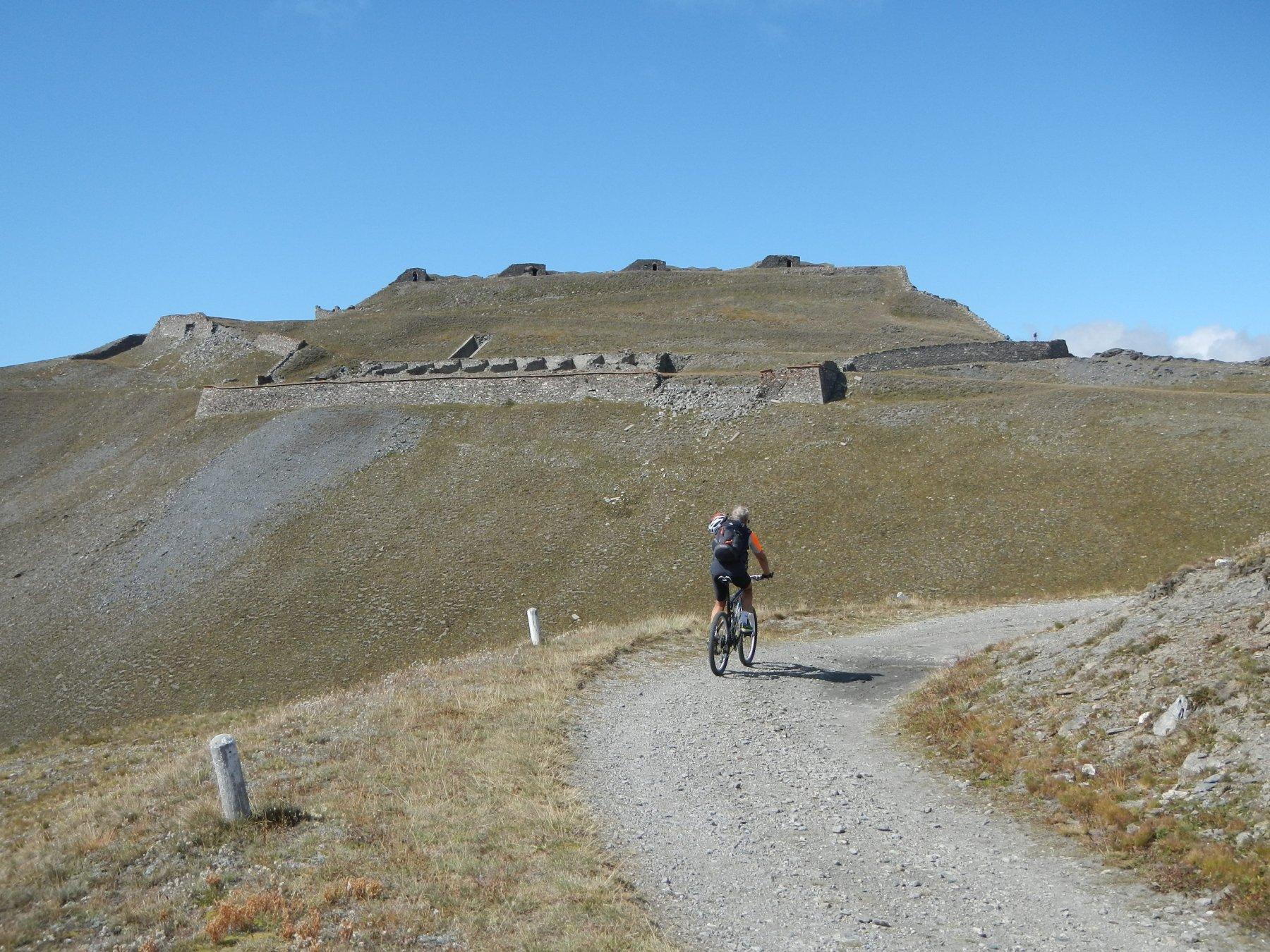 in vista del Forte del Gran Serin