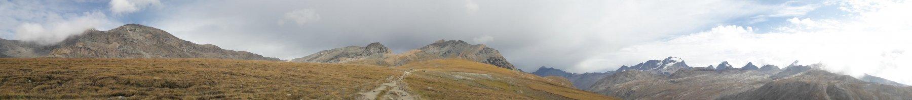 Panorama a 360° nei pressi del lago Rosset