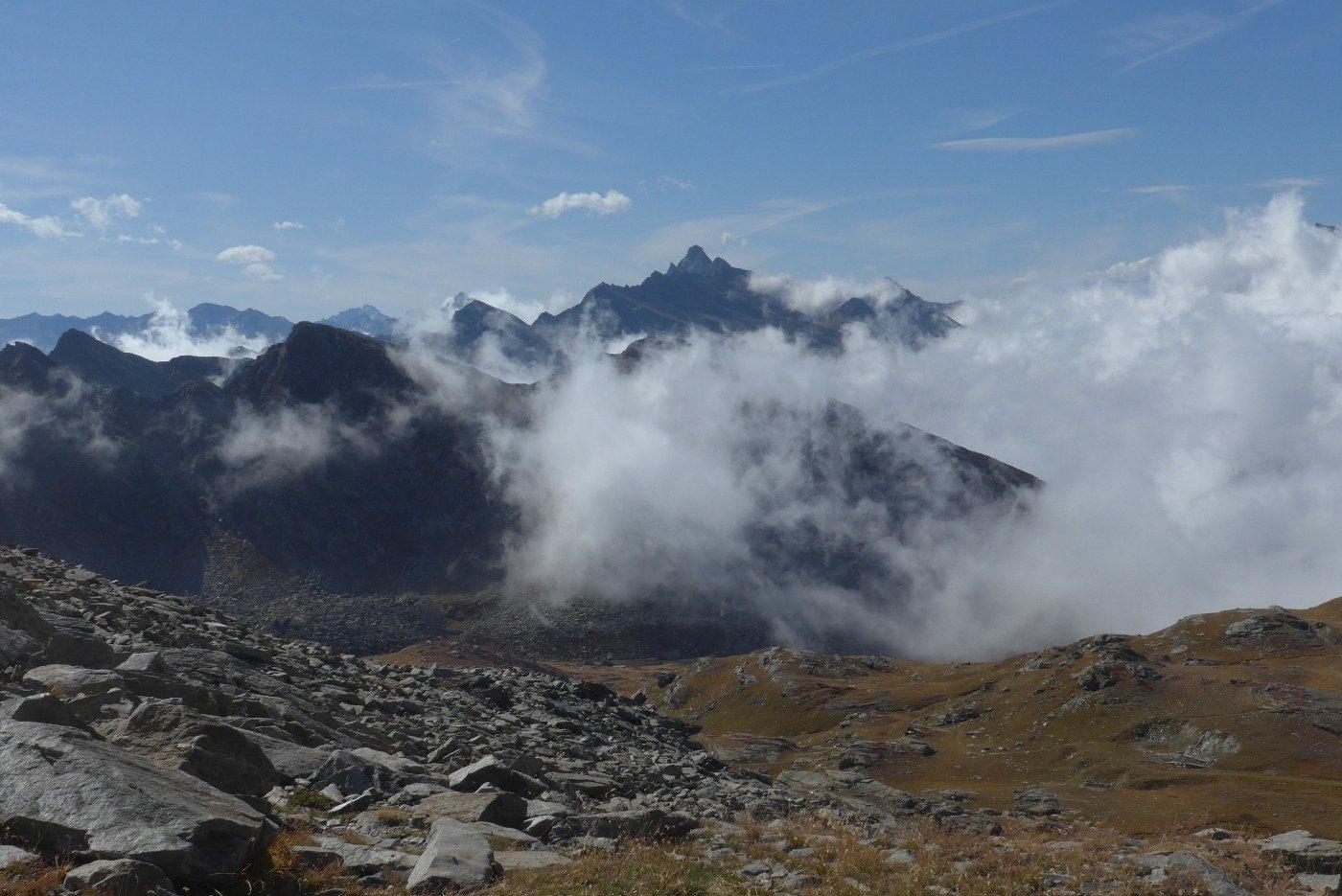 Ultimo panorama al colle mentre arrivano le nuvole
