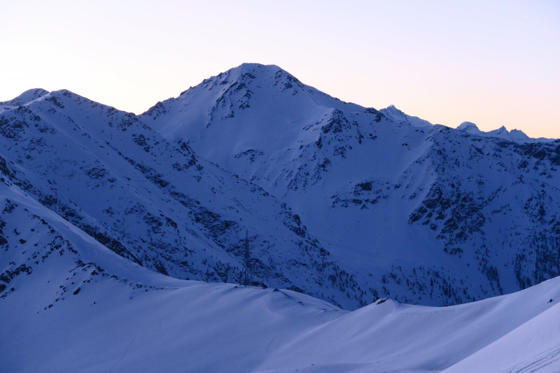 il Col Citrin con il Monte Rosso di Vertosan sullo sfondo