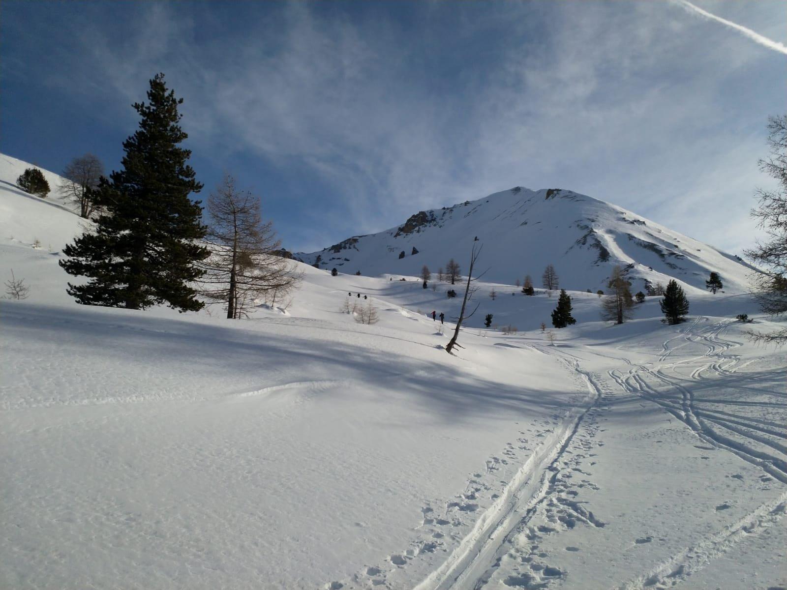 Bellissimo ambiente all'inizio della risalita al col Trois Freres