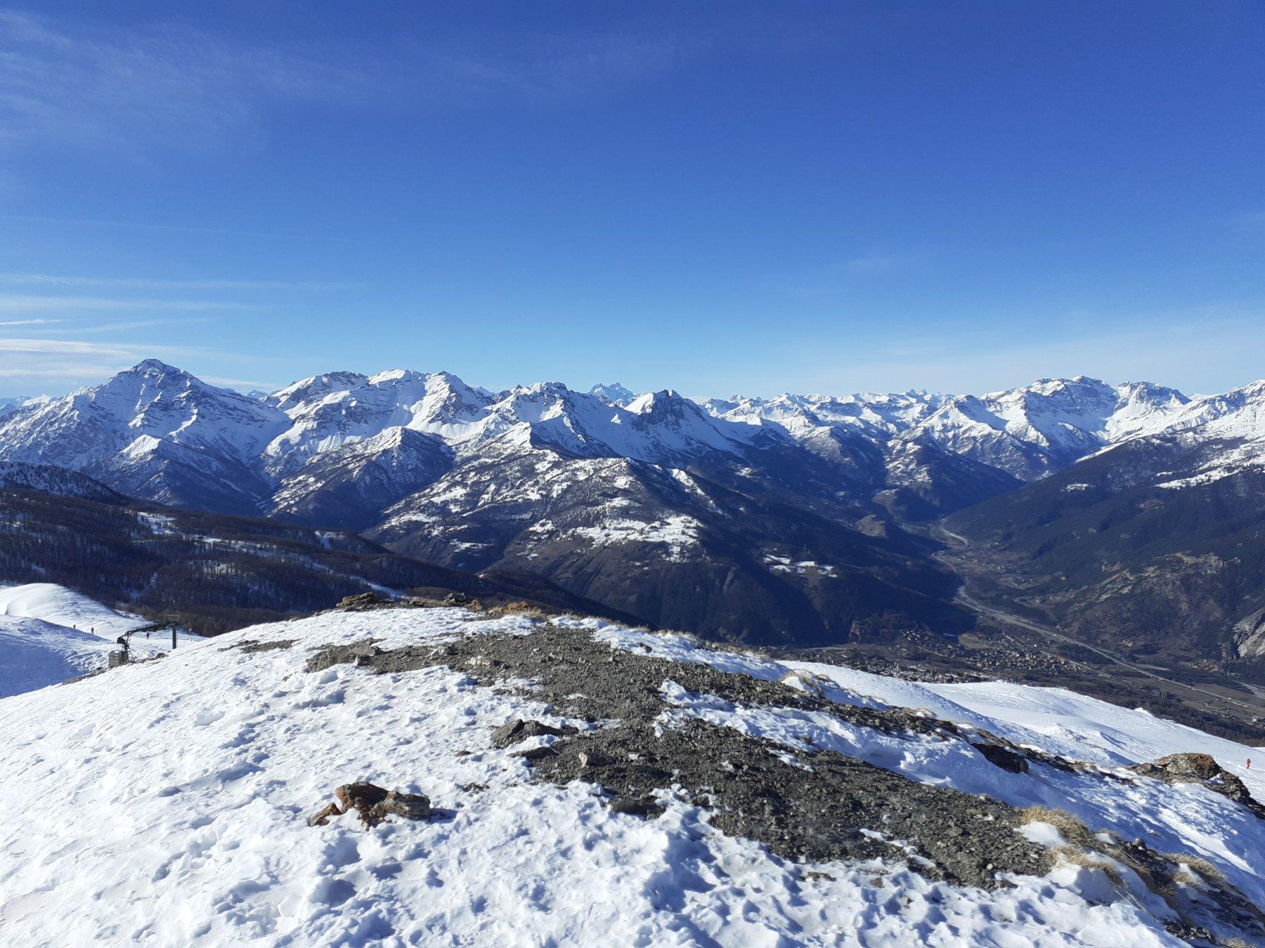 Vista dalla punta del Moncrons