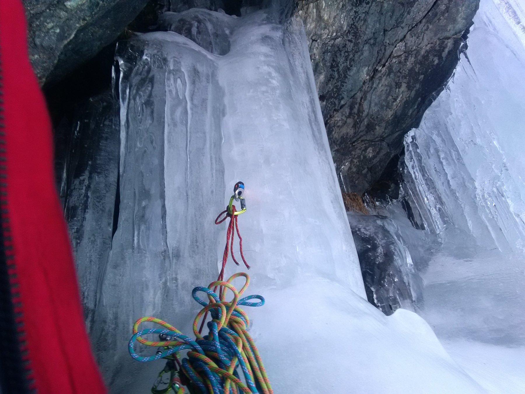 ottima sosta su ghiaccio sopra al colonnino