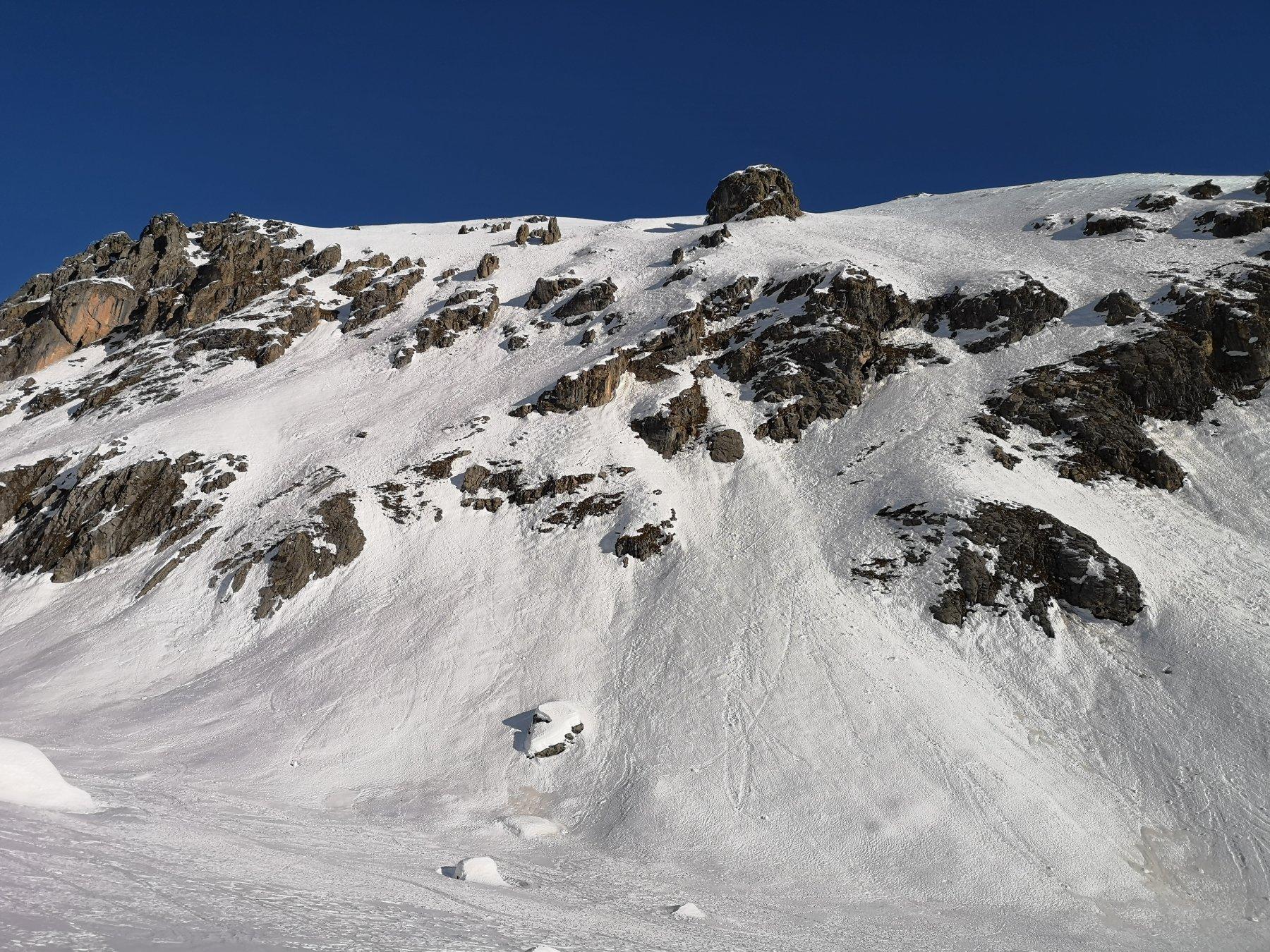 Vista sulla parte inferiore dell'itinerario dalla Valle dell'Infernetto