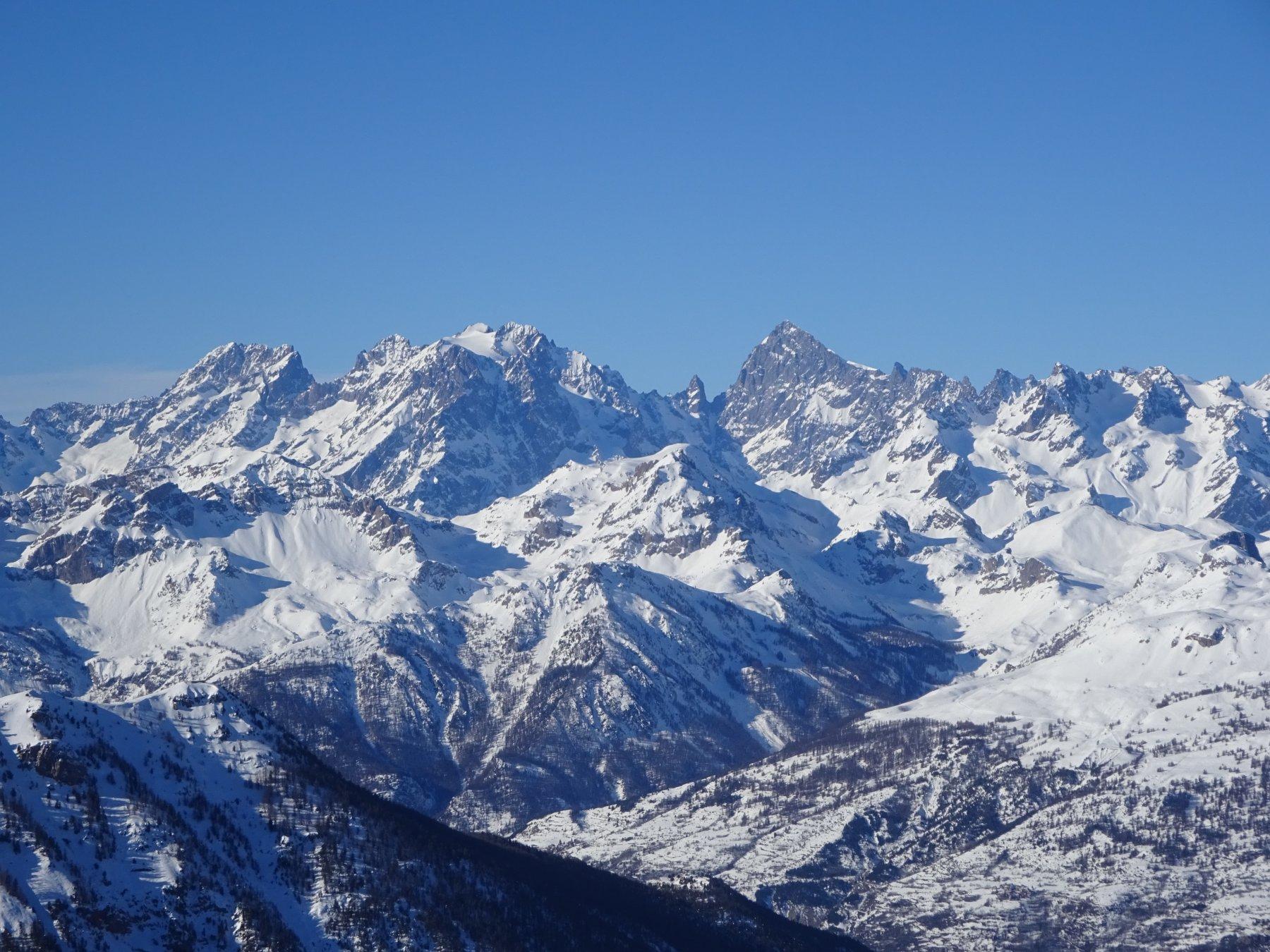 vista verso la Barre des Ecrins dal Lasseron