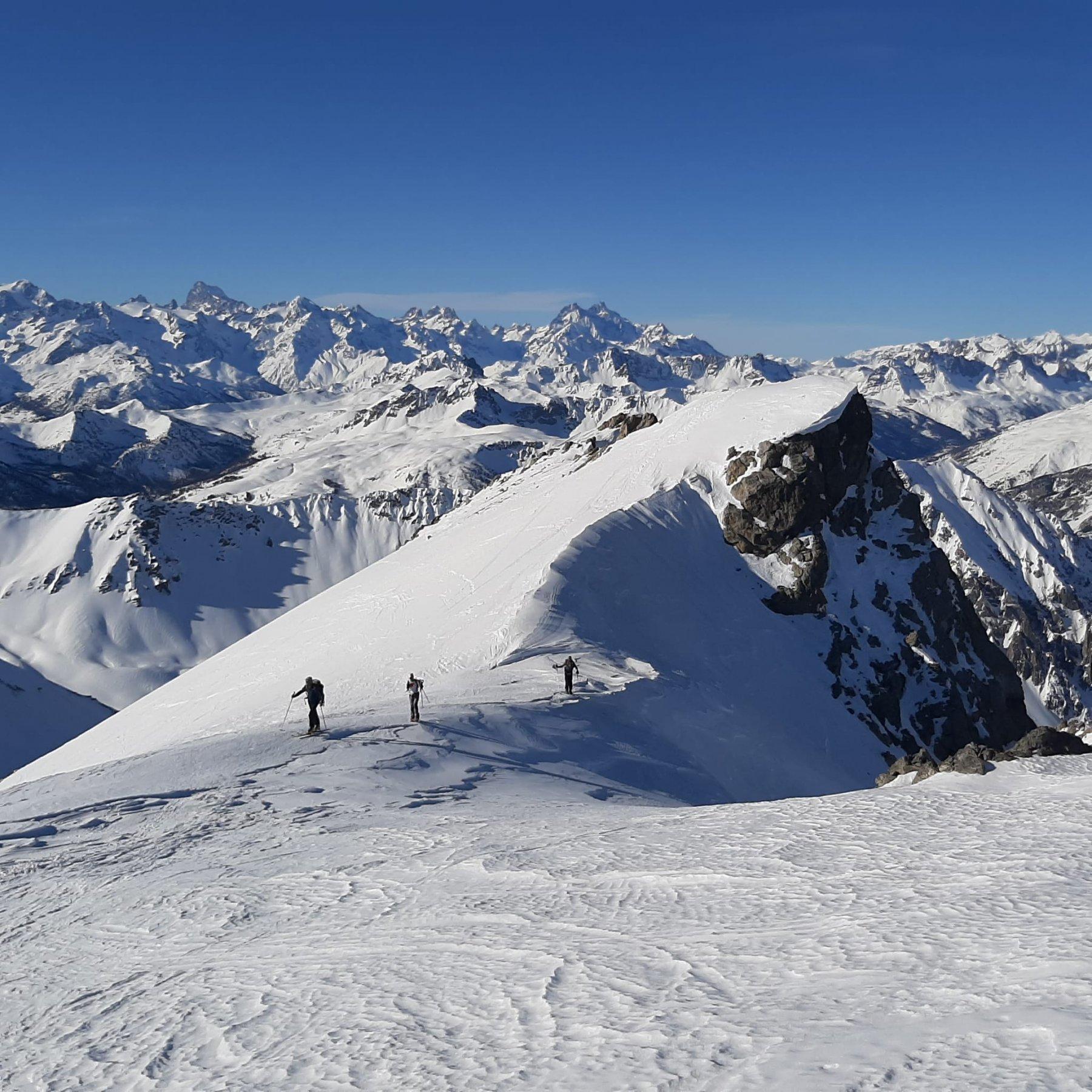 Rochers Charniers (Pointe des) da Montgenevre, giro per Pian dei Morti e Colle dello Chaberton 2020-01-05