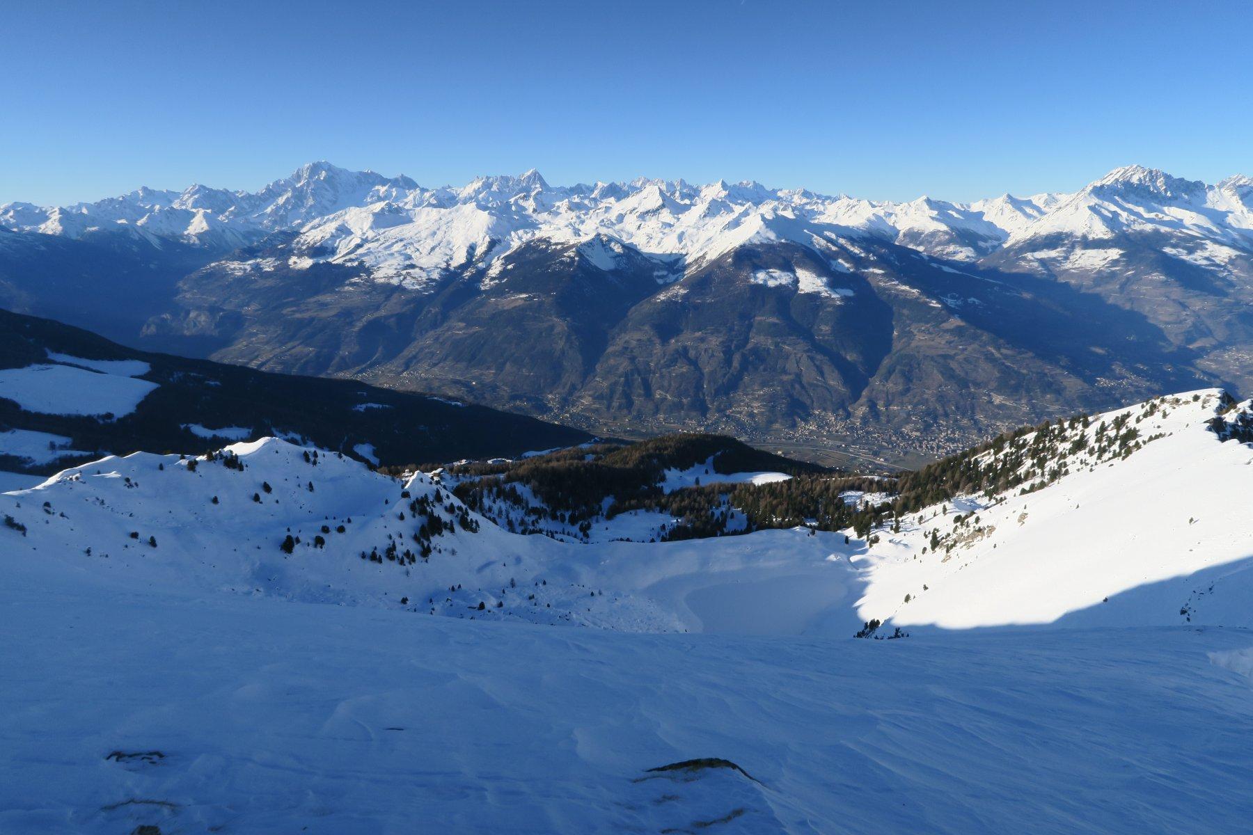 di ritorno al Colle di Chamolé mi aspetta una splendida discesa su neve farinosa