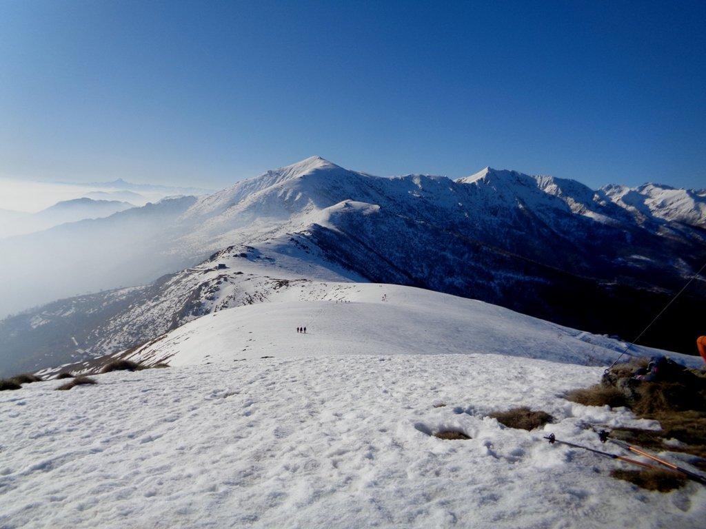 Il Monte Soglio dalla cima