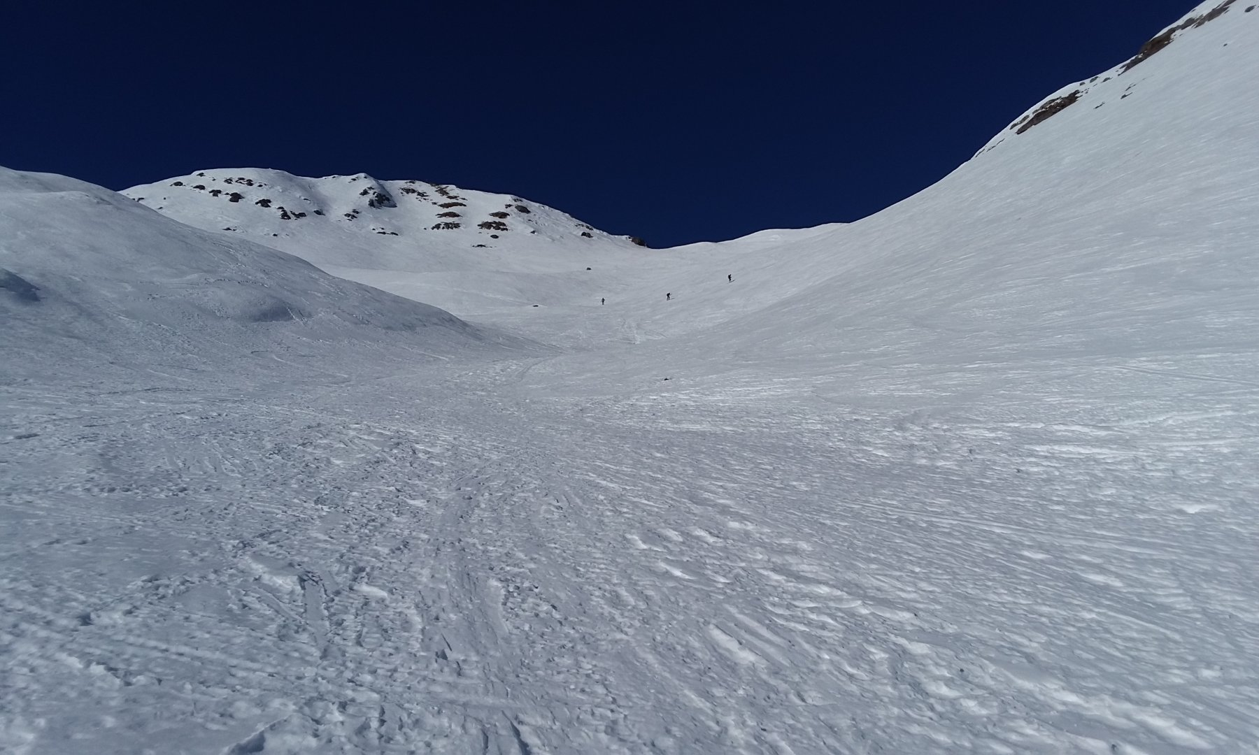 Colle senza nome (2315 mt) e Ciotto Mieu a sx