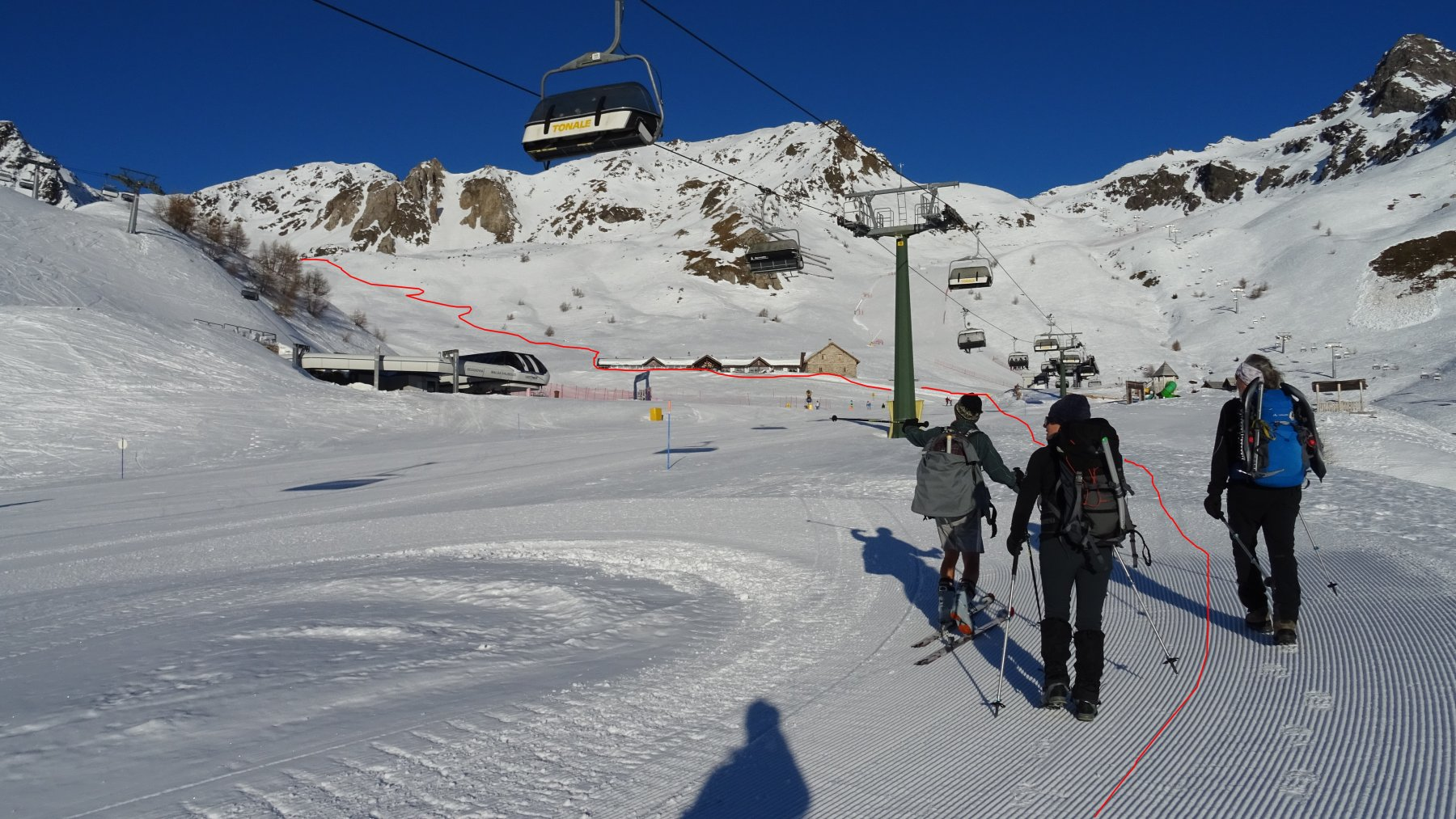 In rosso la traccia di salita presa a Malga Valbiolo.
