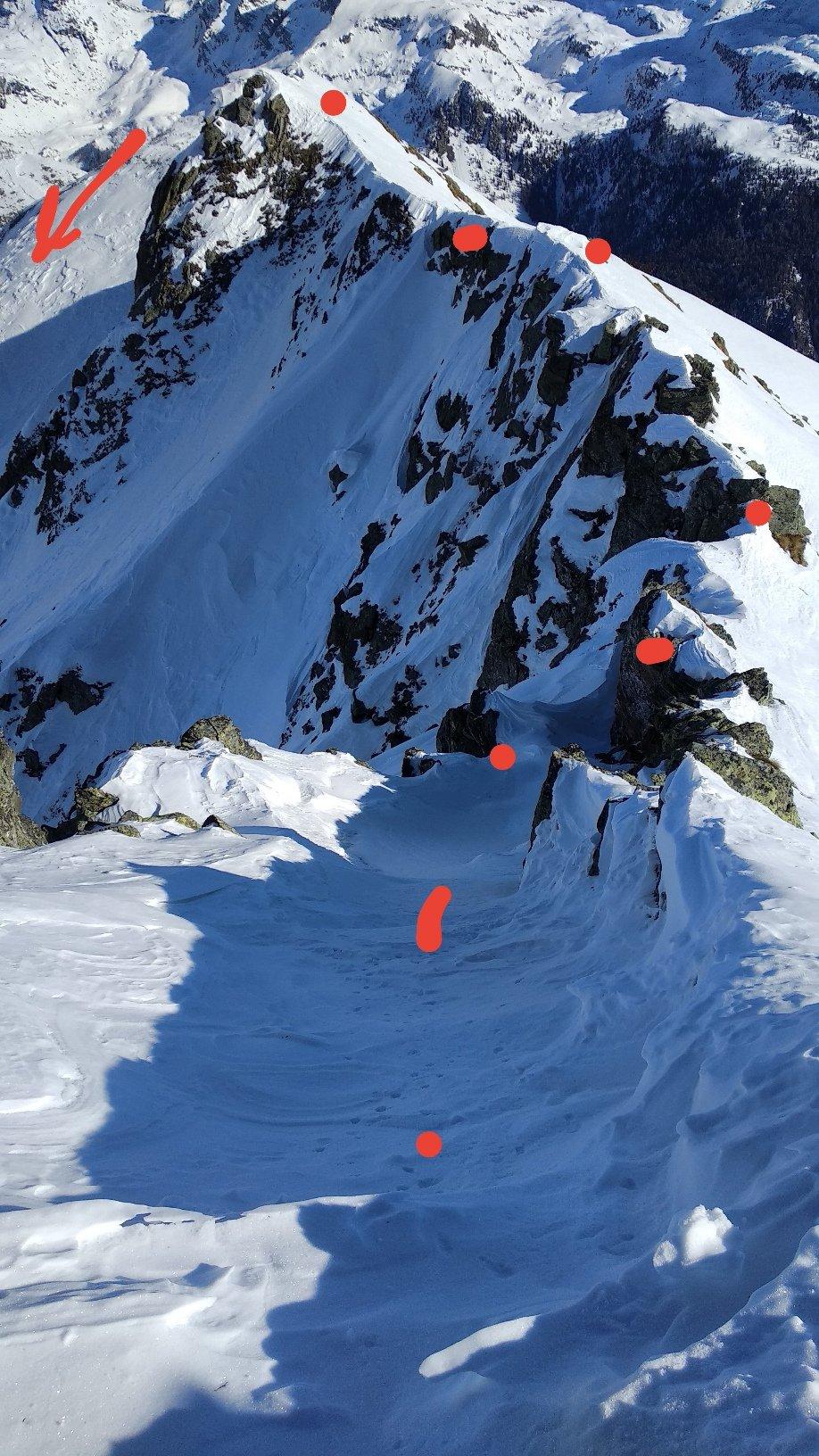 Variante di discesa dal Facciabella lungo la cresta che raggiunge il dosso dal quale scendere nel vallone di Nana