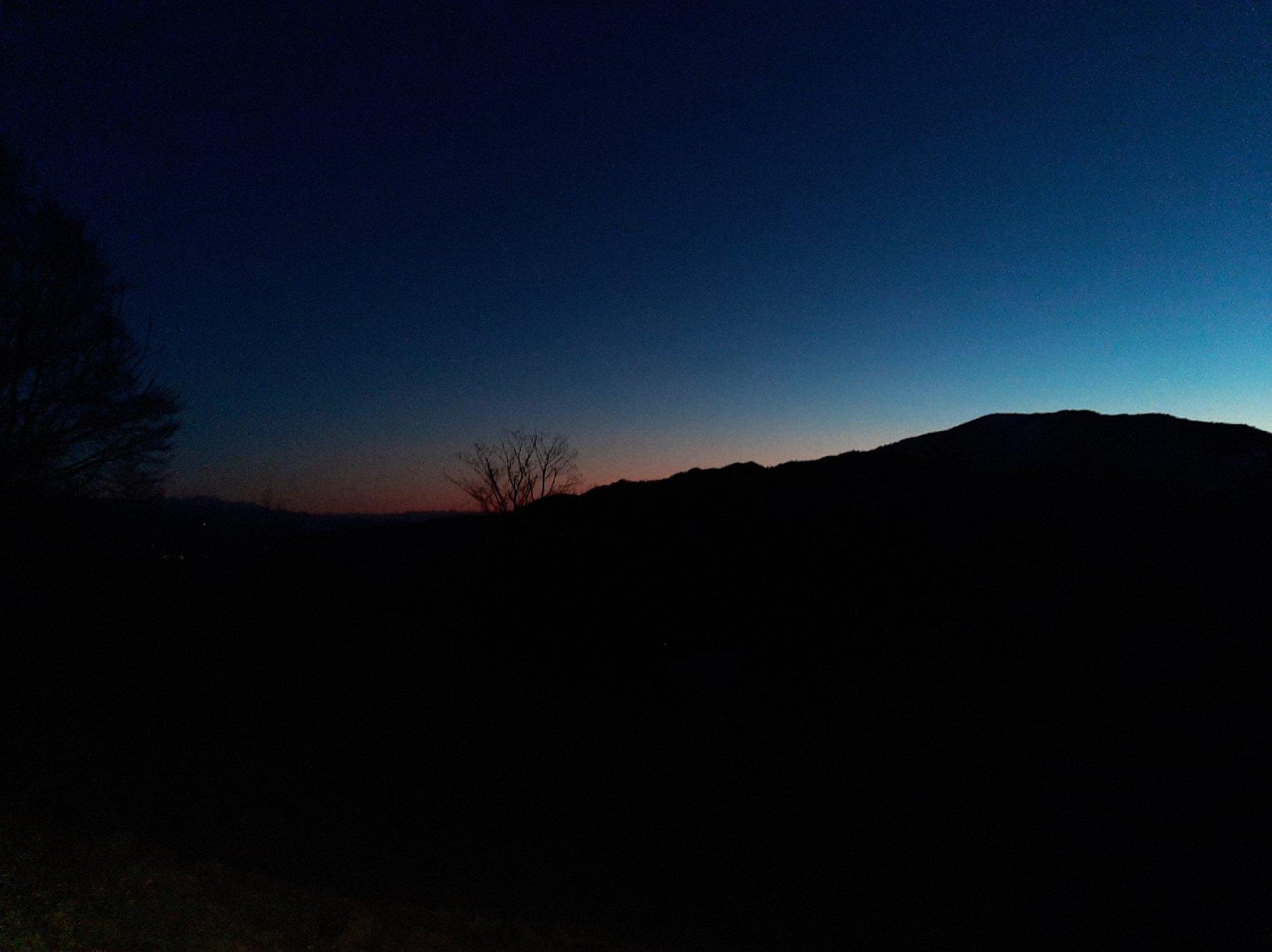 Partenza prima dell'alba