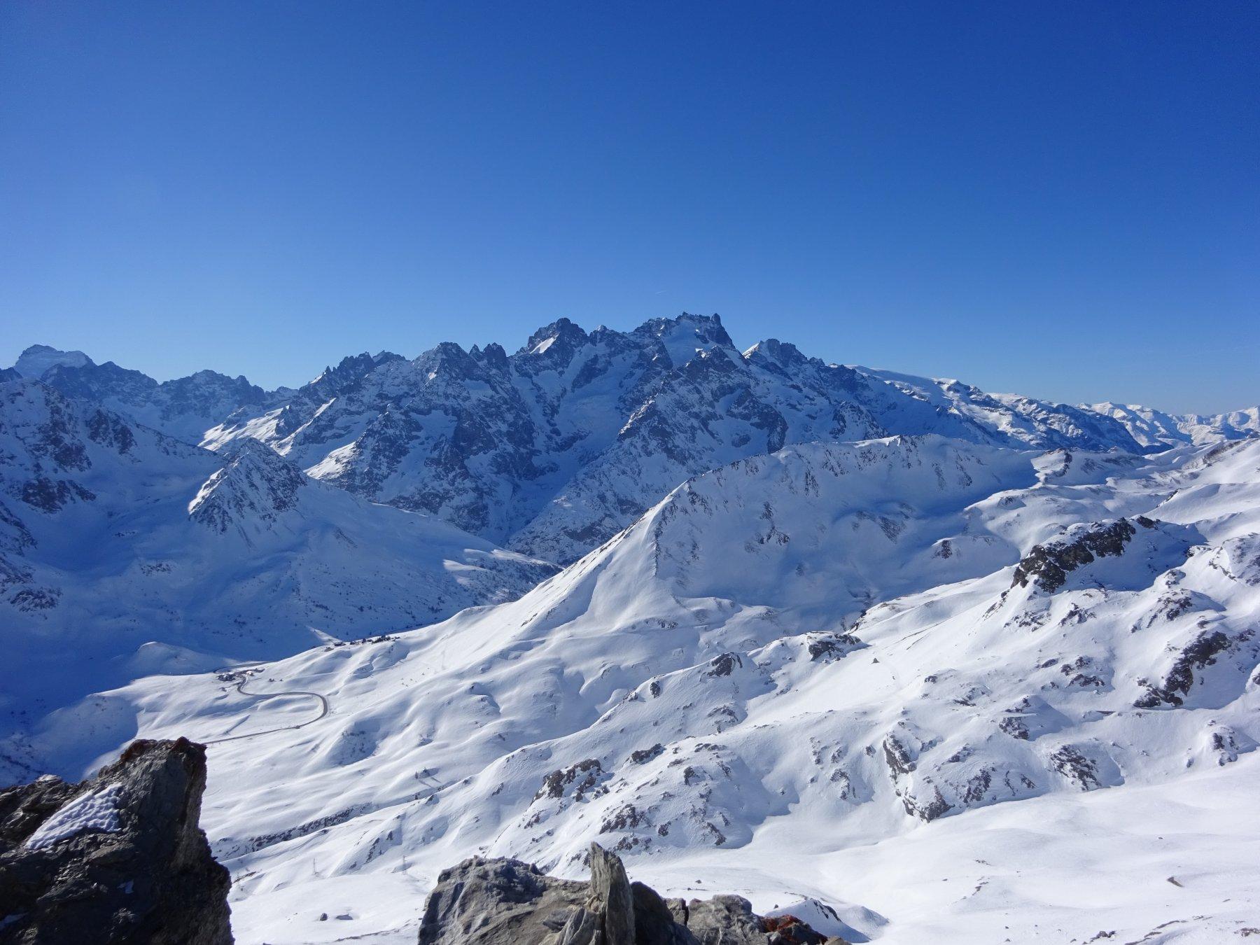 Panorama verso il col du Lautaret e gli Ecrins