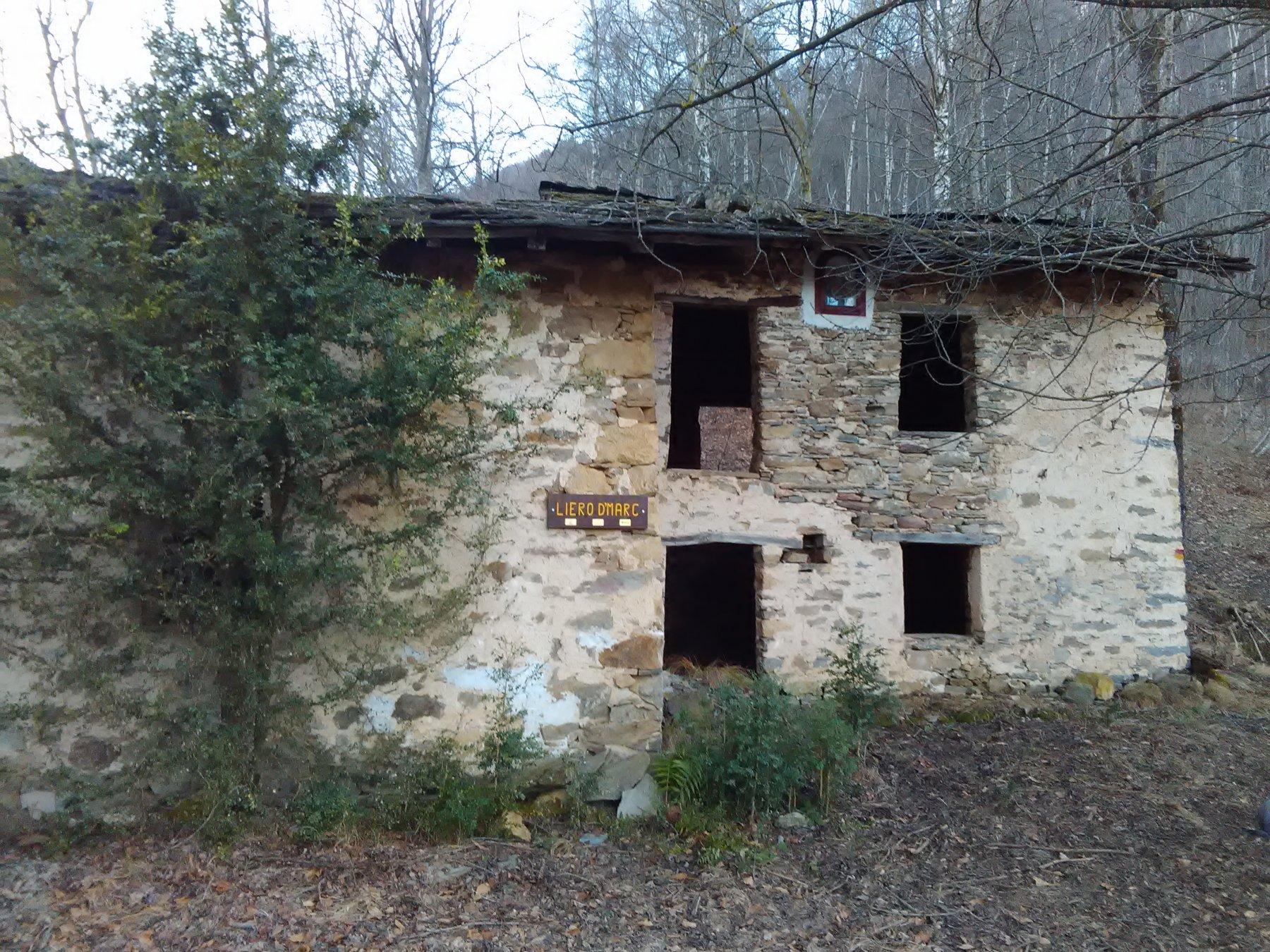 Casolare tra Combetta e Ruinero
