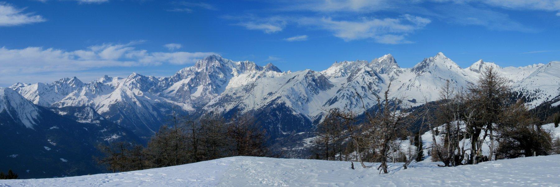 panorama dalla cima verso il Monte Bianco