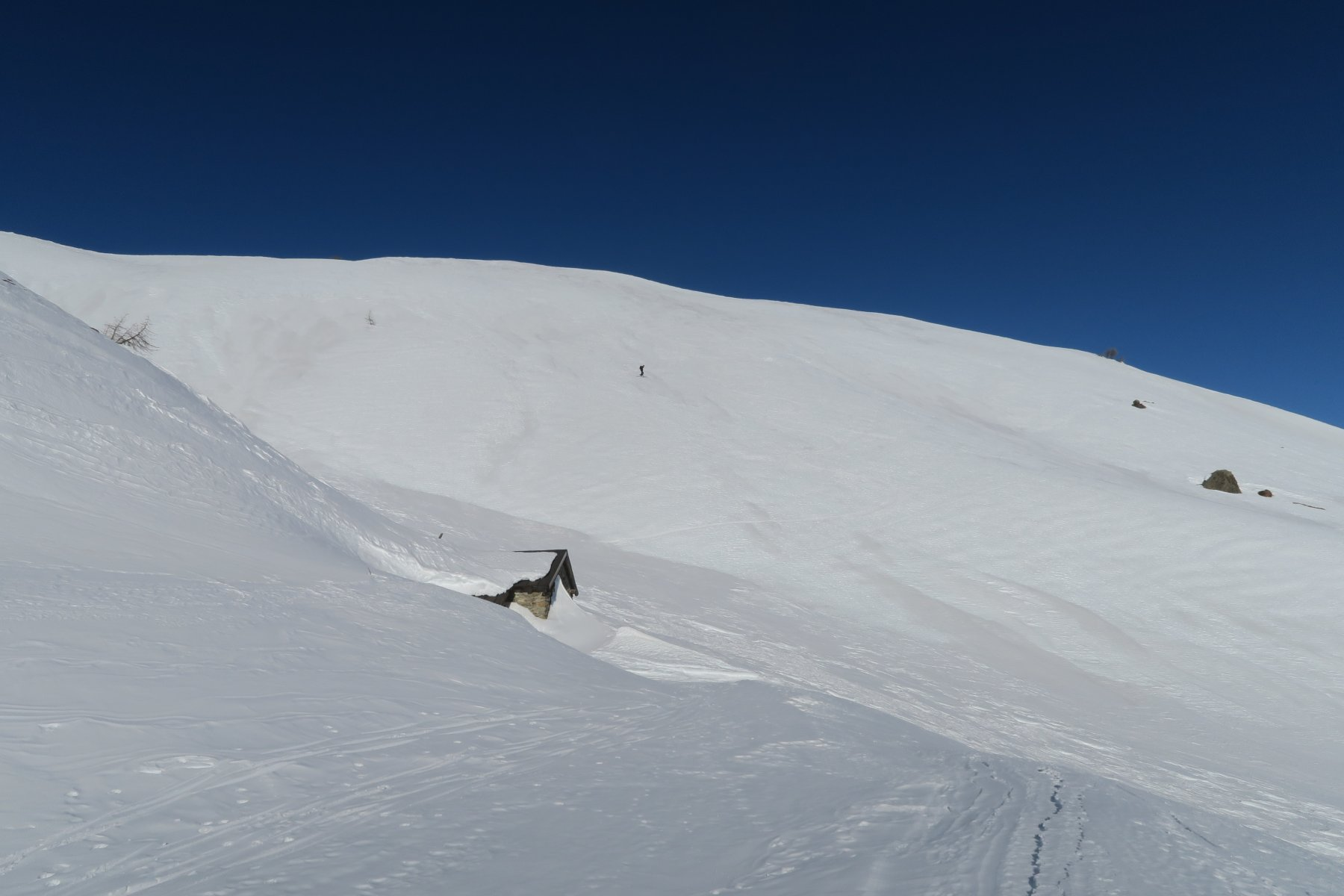 nel versante più esposto al sole neve primaverile