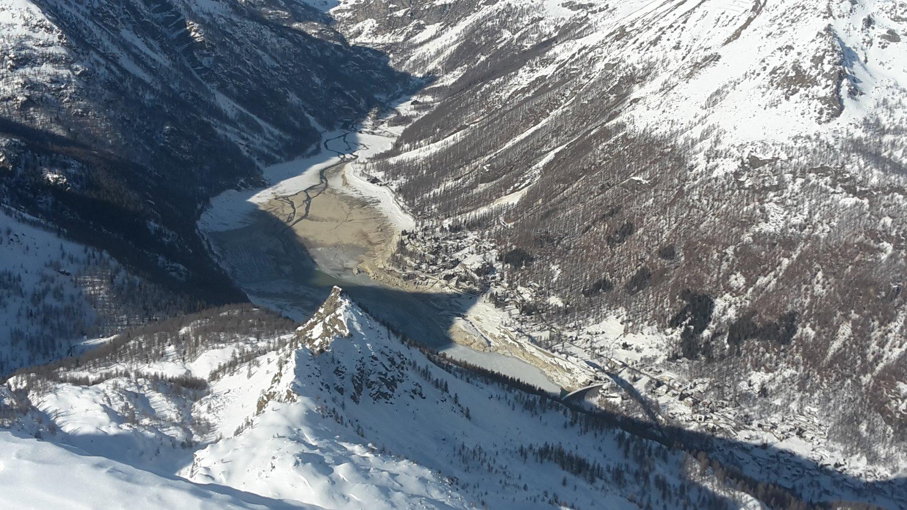 Lago di Ceresole in gran secca