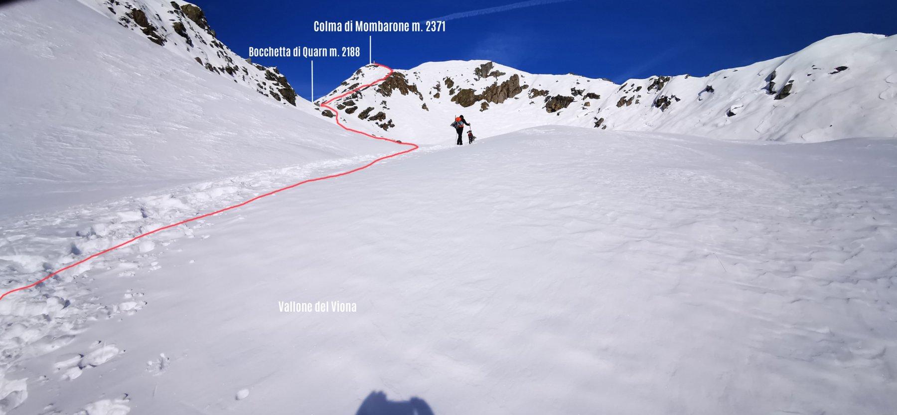 itinerario di salita visto da quota 2000 m nel Vallone di Viona