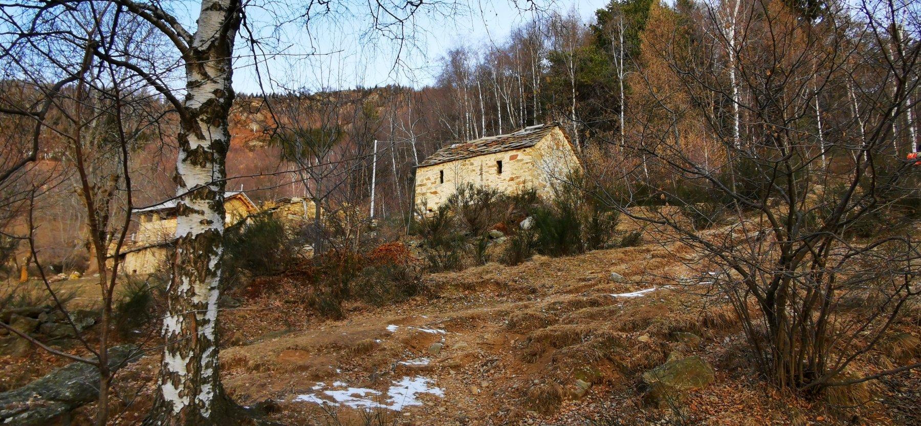 la prima parte sopra S. Giacomo di Andrate è senza neve
