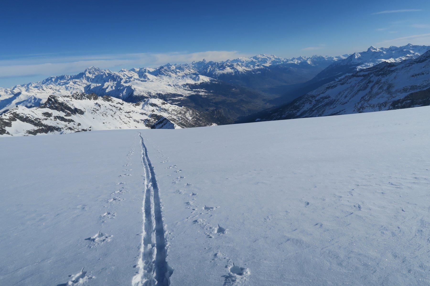bella neve sul ghiacciaio