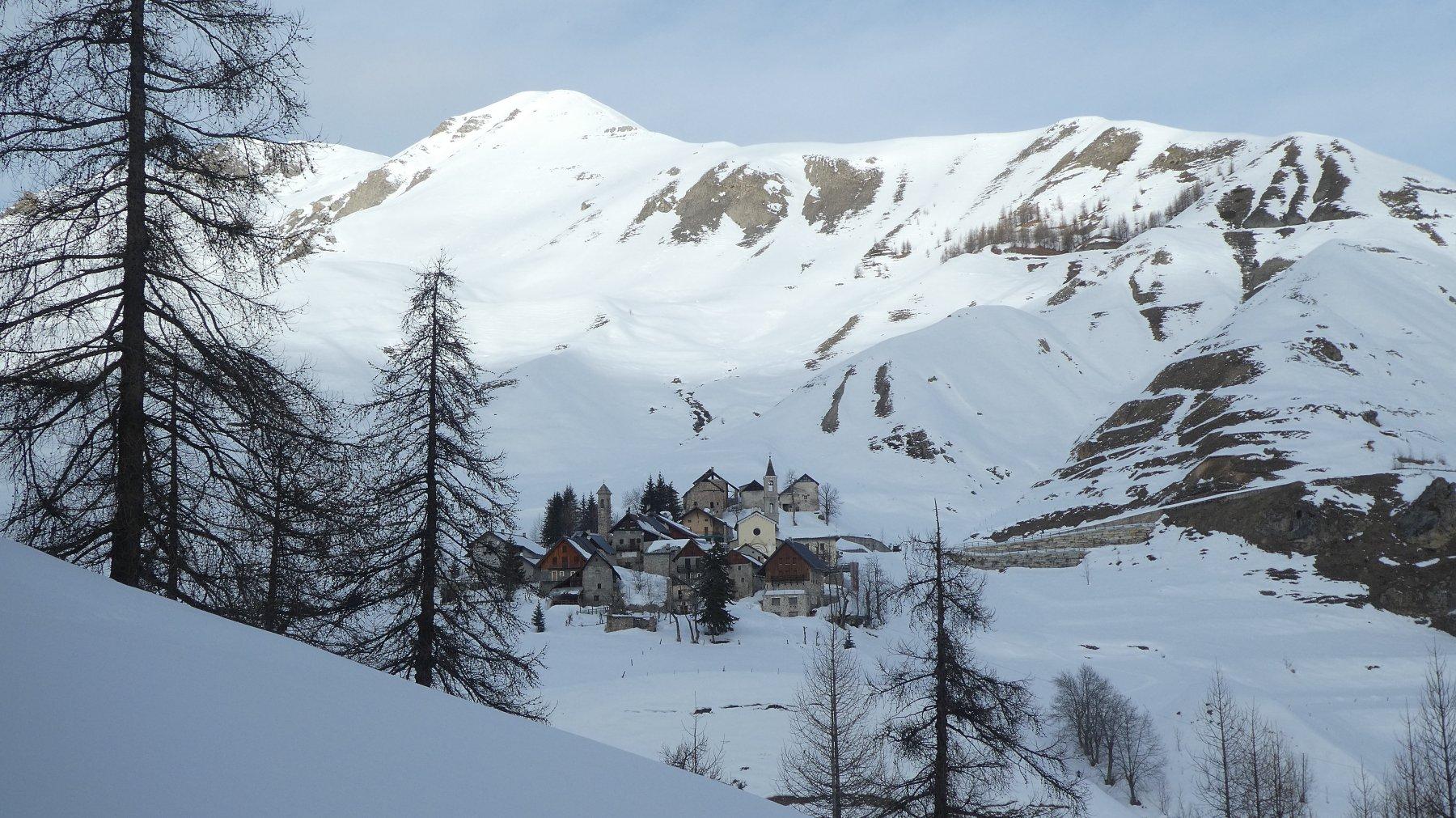 Il villaggio di Ferrere