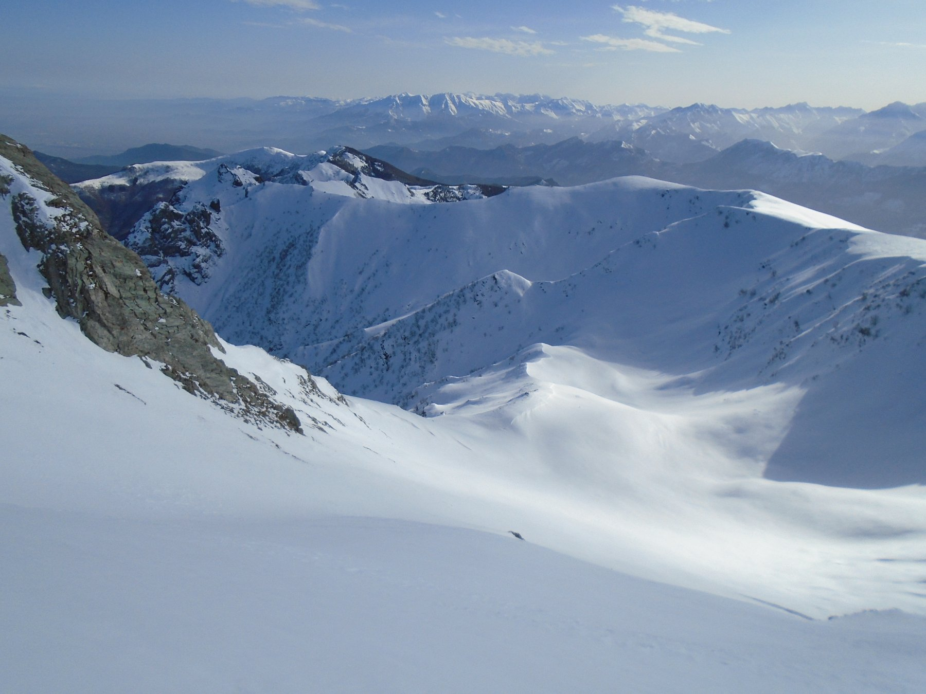 Laggiu' a sx L' Alpe di Rittana