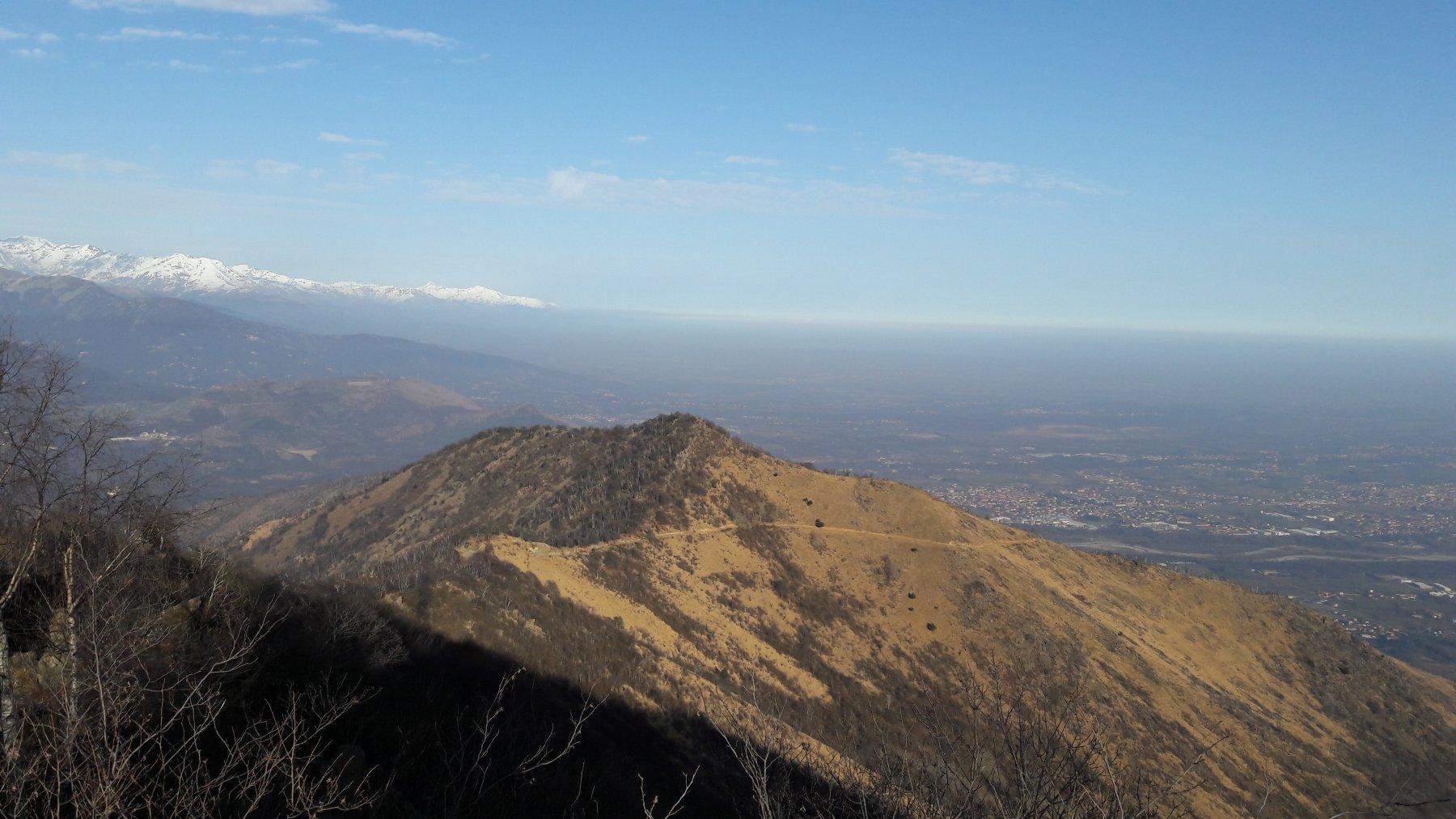 Dalla cima, il monte Corno